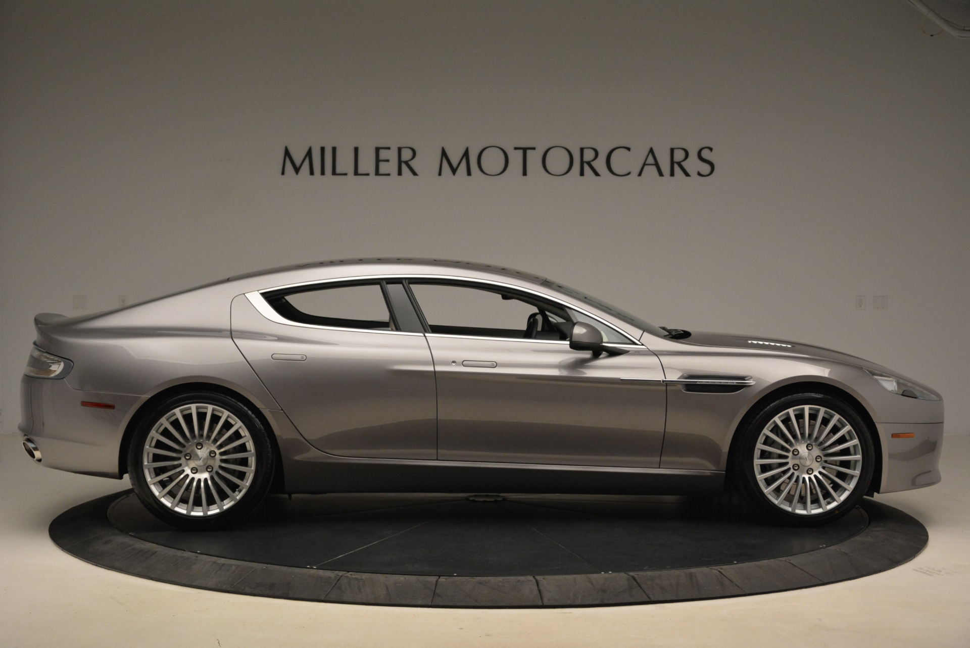 Used 2014 Aston Martin Rapide S  For Sale In Westport, CT 2079_p9
