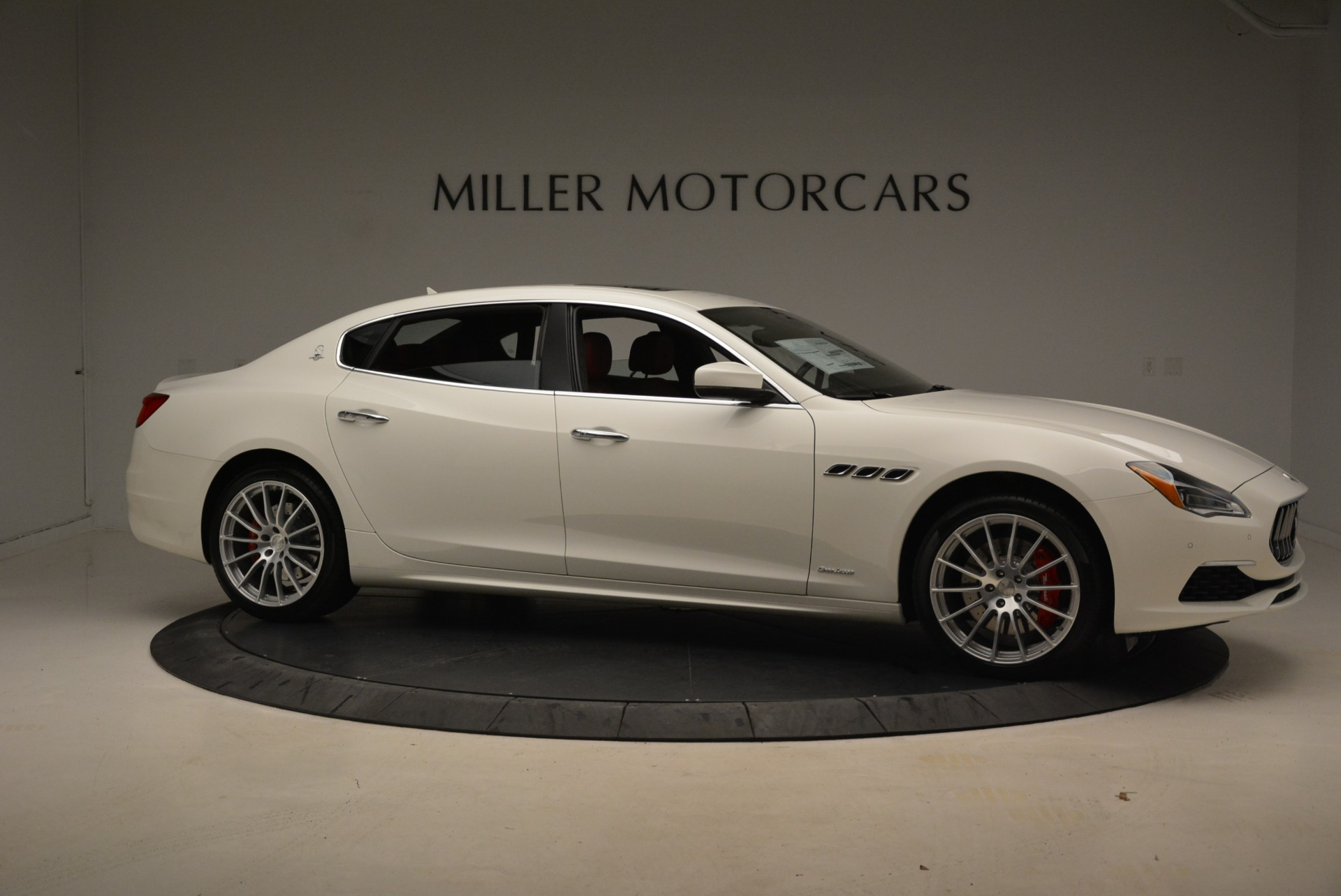 New 2018 Maserati Quattroporte S Q4 GranLusso For Sale In Westport, CT 2085_p13
