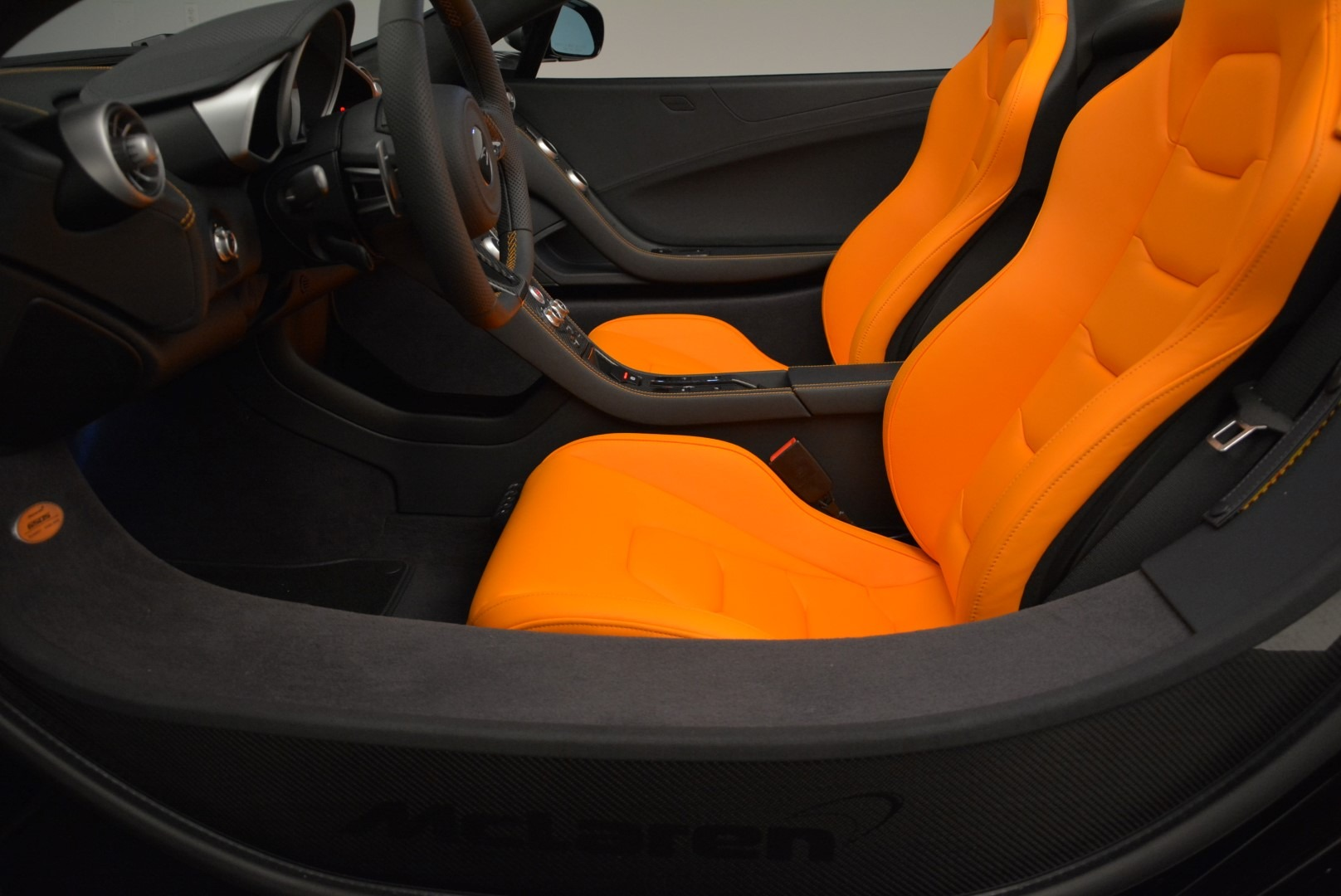 Used 2015 McLaren 650S Spider For Sale In Westport, CT 2089_p24