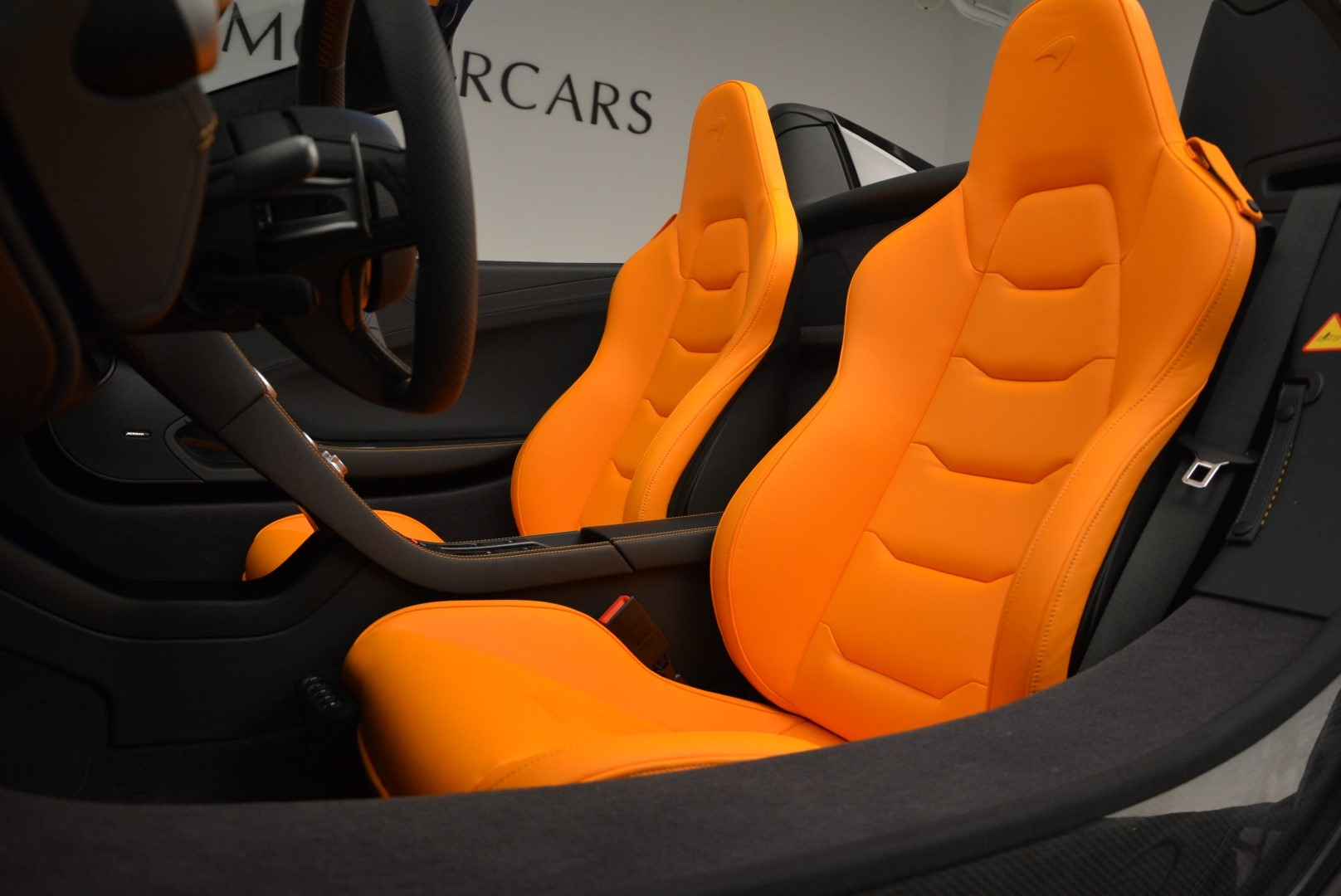 Used 2015 McLaren 650S Spider For Sale In Westport, CT 2089_p25
