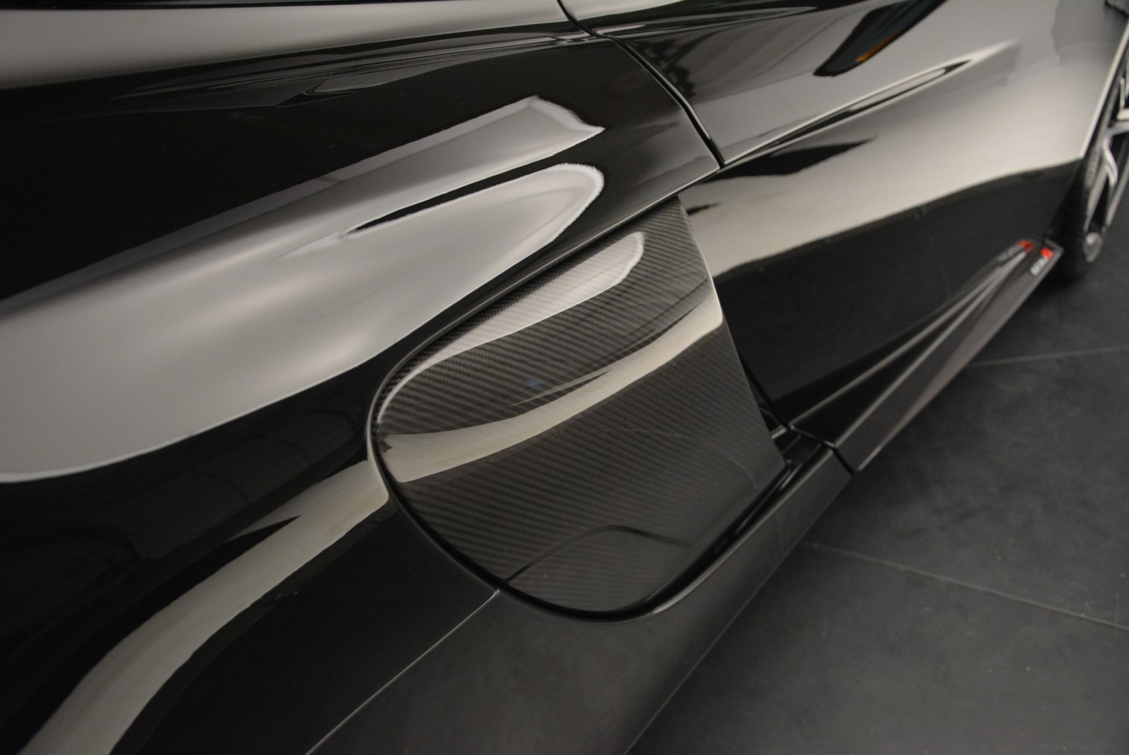 Used 2015 McLaren 650S Spider For Sale In Westport, CT 2089_p30