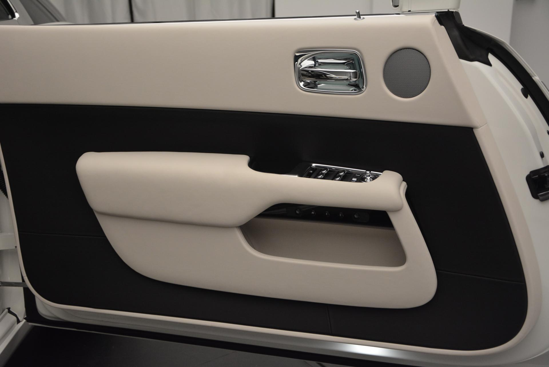 Used 2016 Rolls-Royce Wraith  For Sale In Westport, CT 209_p15