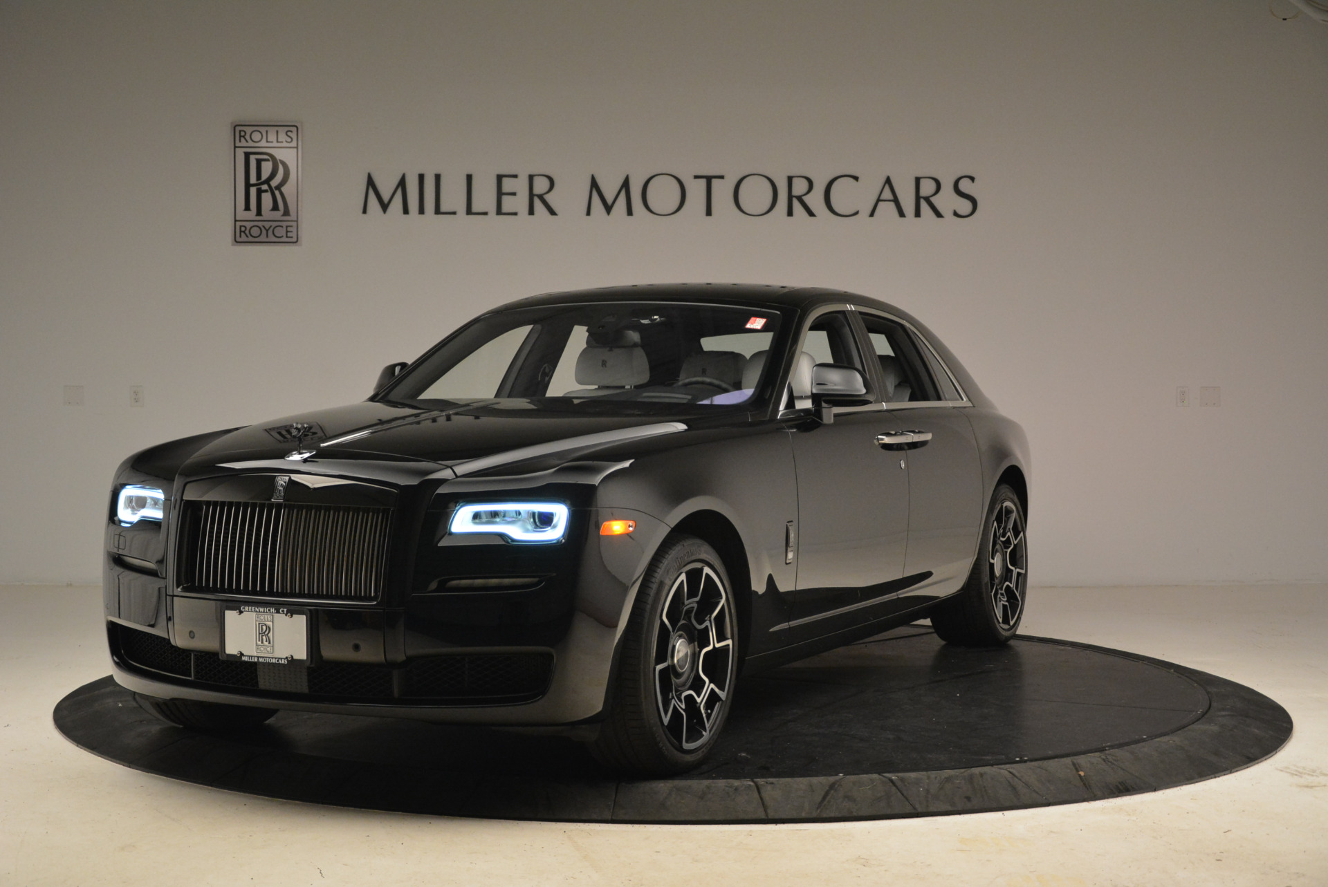 Used 2017 Rolls-Royce Ghost Black Badge For Sale In Westport, CT 2093_main