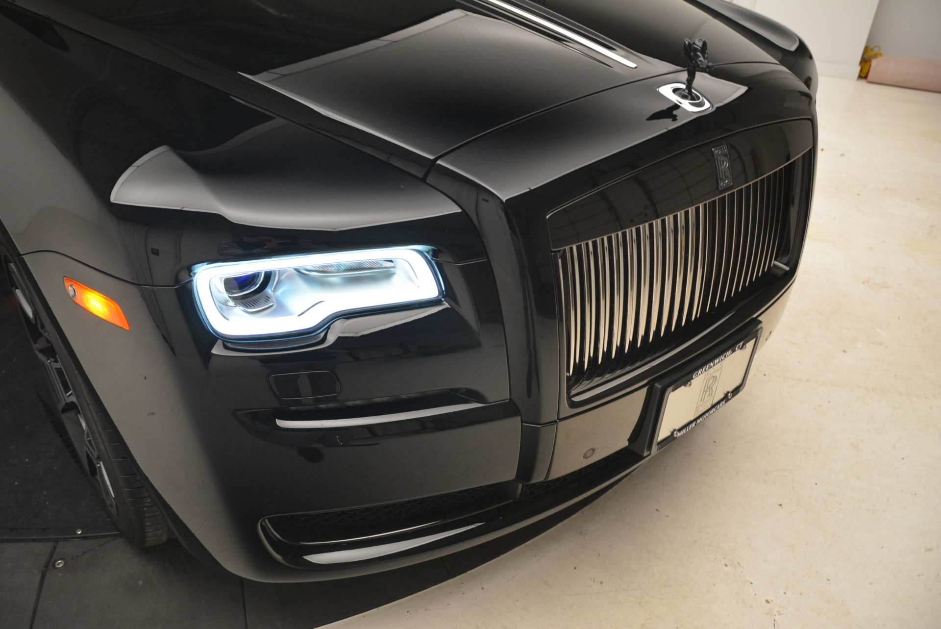 Used 2017 Rolls-Royce Ghost Black Badge For Sale In Westport, CT 2093_p11