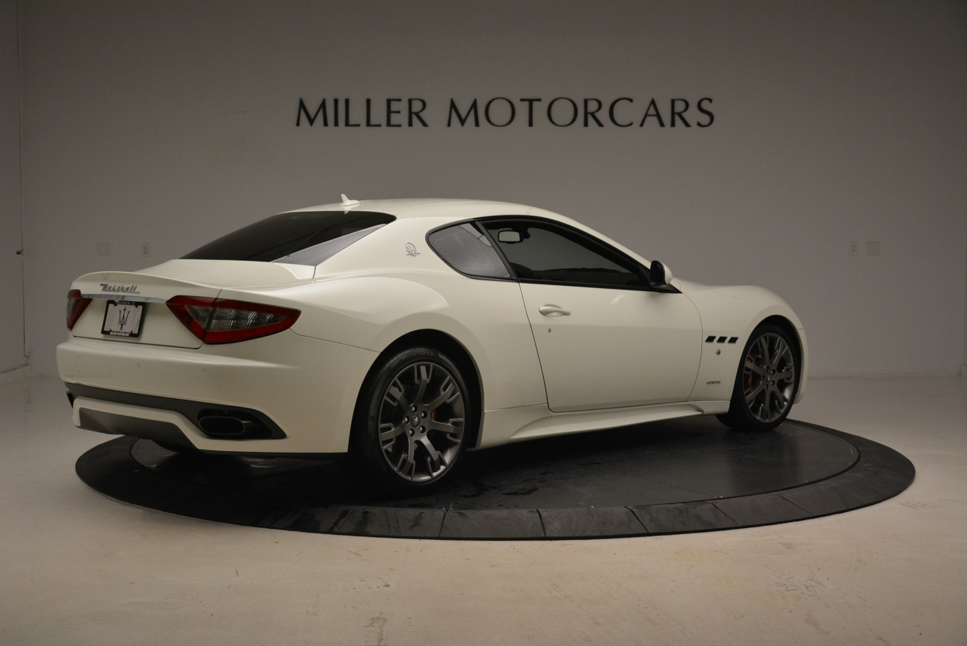 Used 2016 Maserati GranTurismo Sport For Sale In Westport, CT 2095_p9