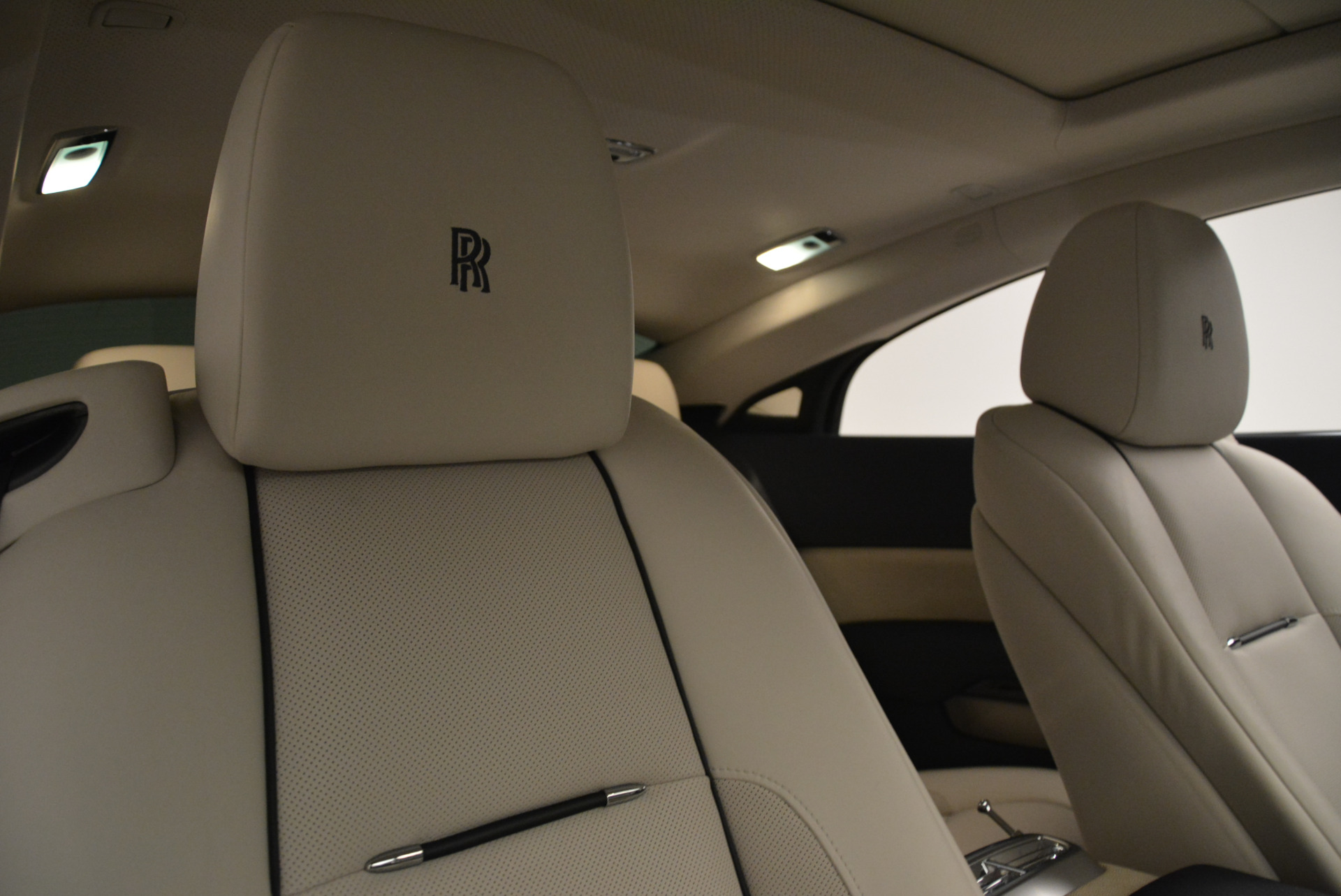 Used 2015 Rolls-Royce Wraith  For Sale In Westport, CT 2099_p23