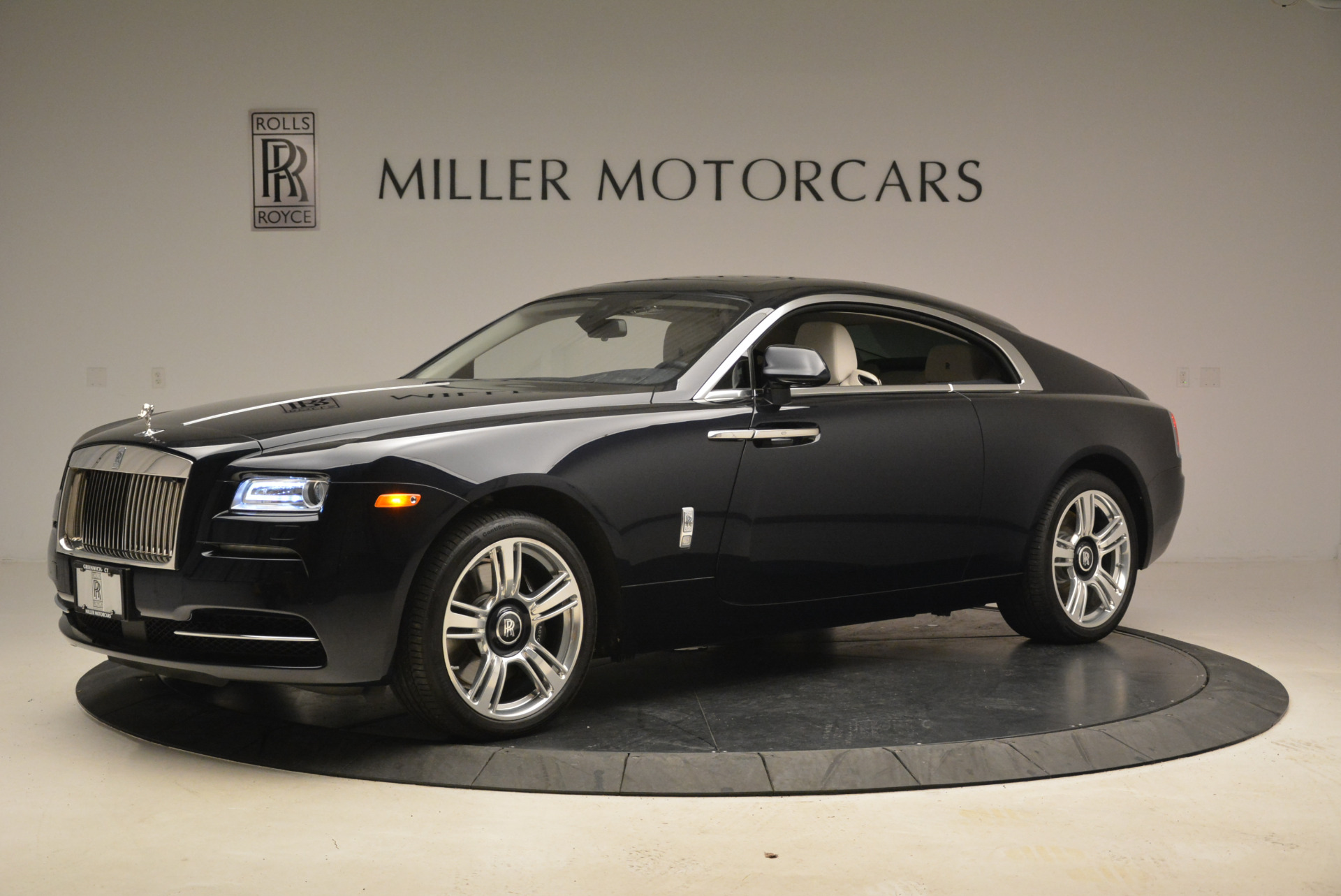 Used 2015 Rolls-Royce Wraith  For Sale In Westport, CT 2099_p2