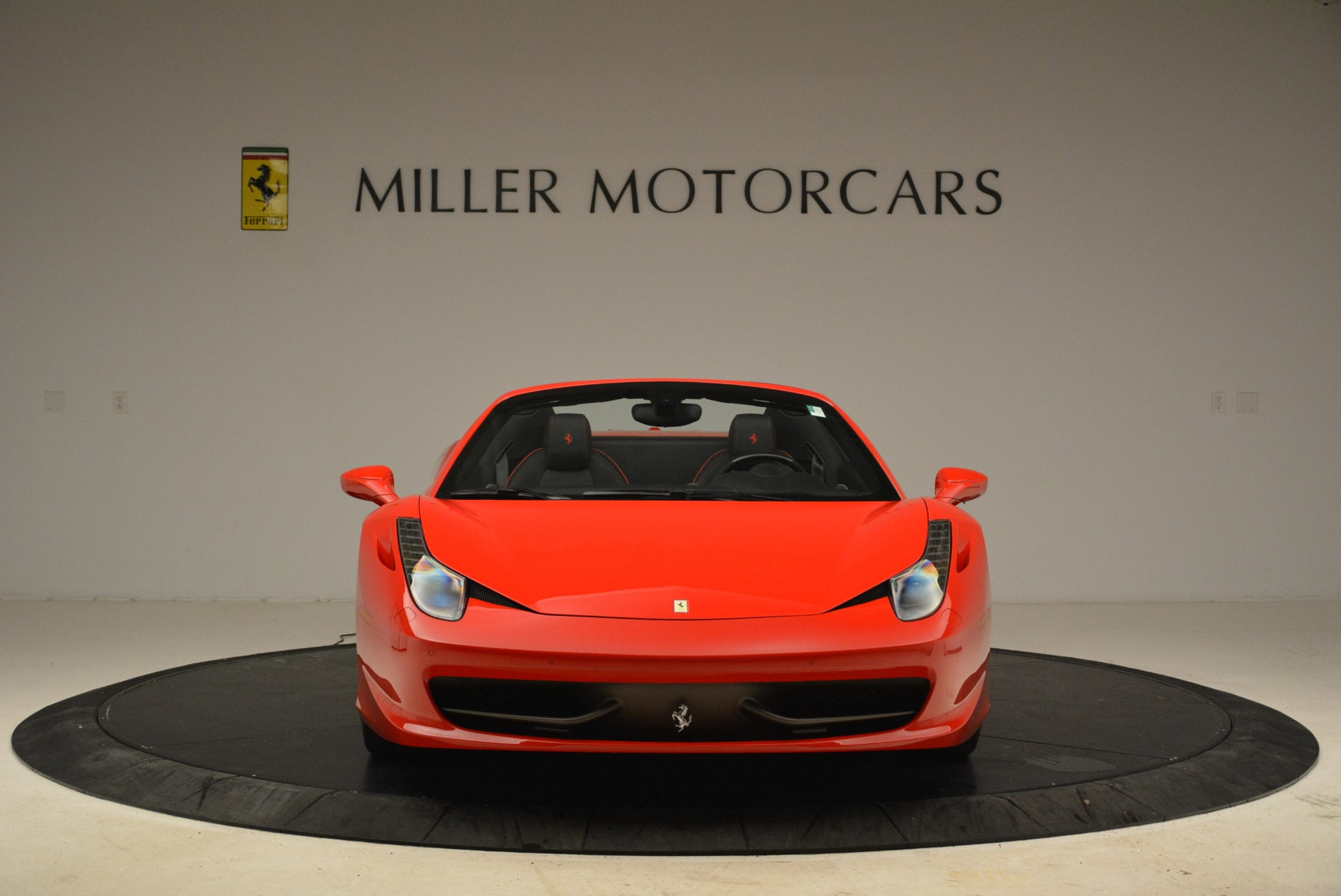 Used 2014 Ferrari 458 Spider  For Sale In Westport, CT 2100_p12