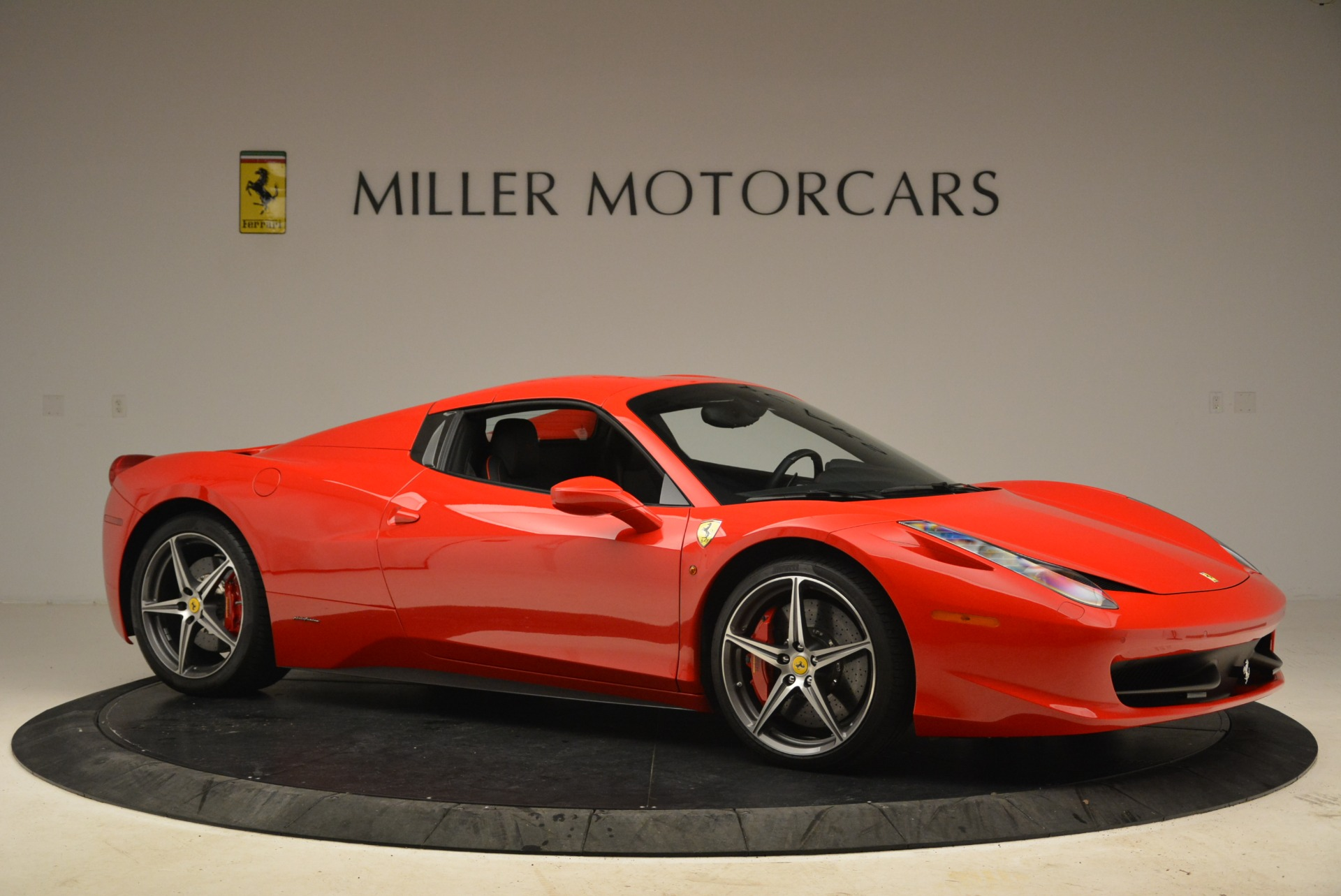 Used 2014 Ferrari 458 Spider  For Sale In Westport, CT 2100_p22