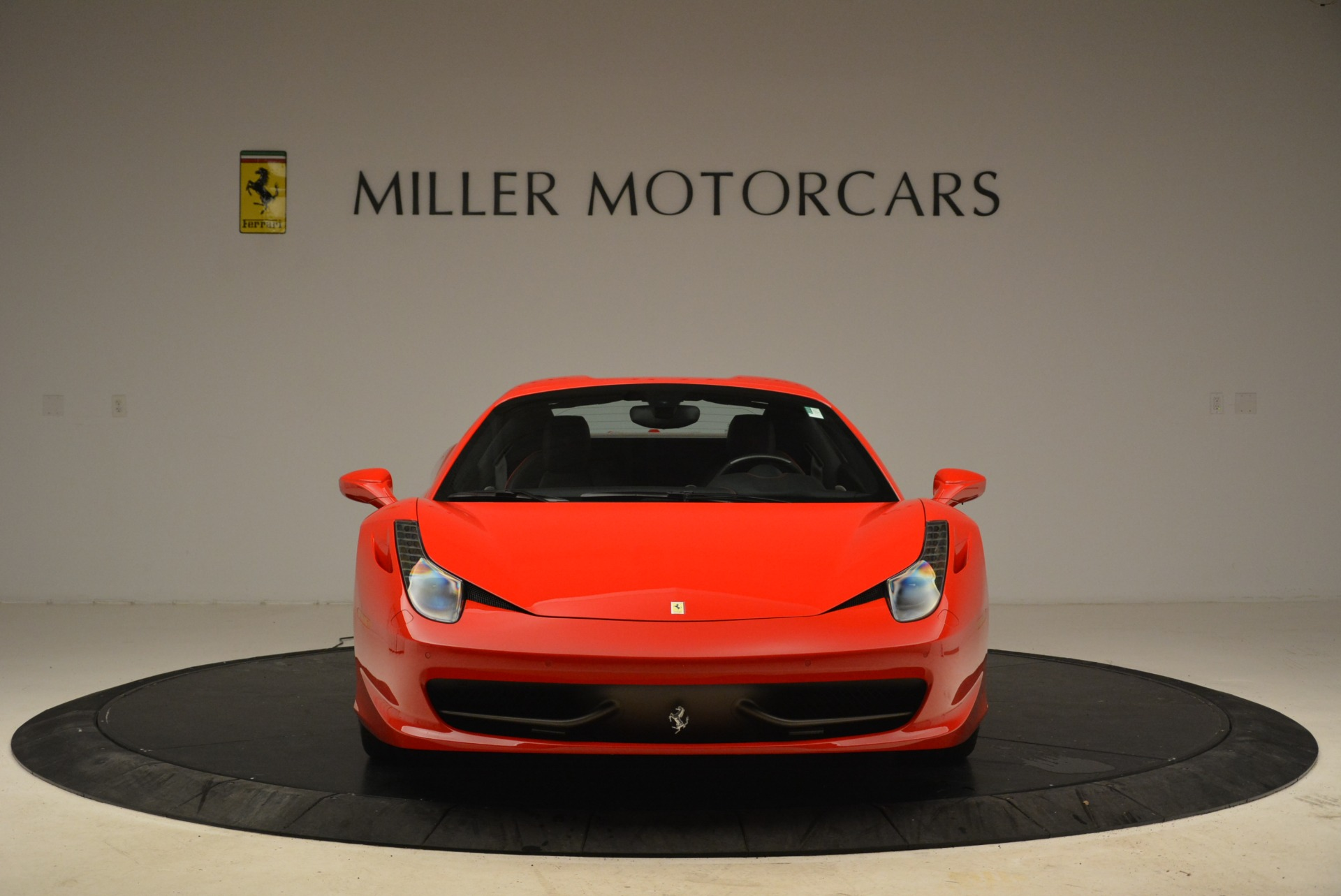 Used 2014 Ferrari 458 Spider  For Sale In Westport, CT 2100_p24
