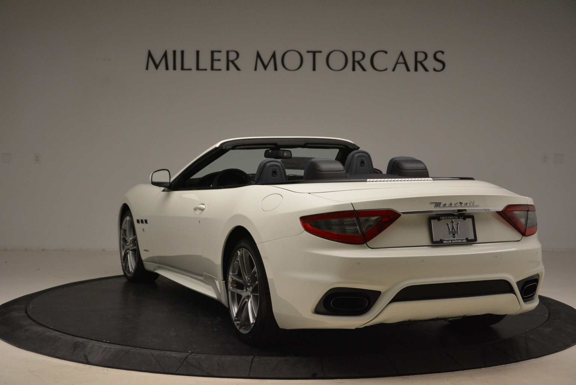 New 2018 Maserati GranTurismo Sport Convertible For Sale In Westport, CT 2106_p6