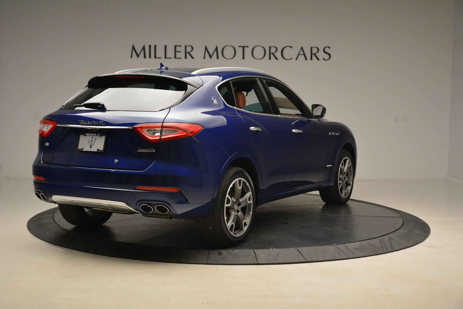 New 2018 Maserati Levante Q4 GranLusso For Sale In Westport, CT 2117_p6