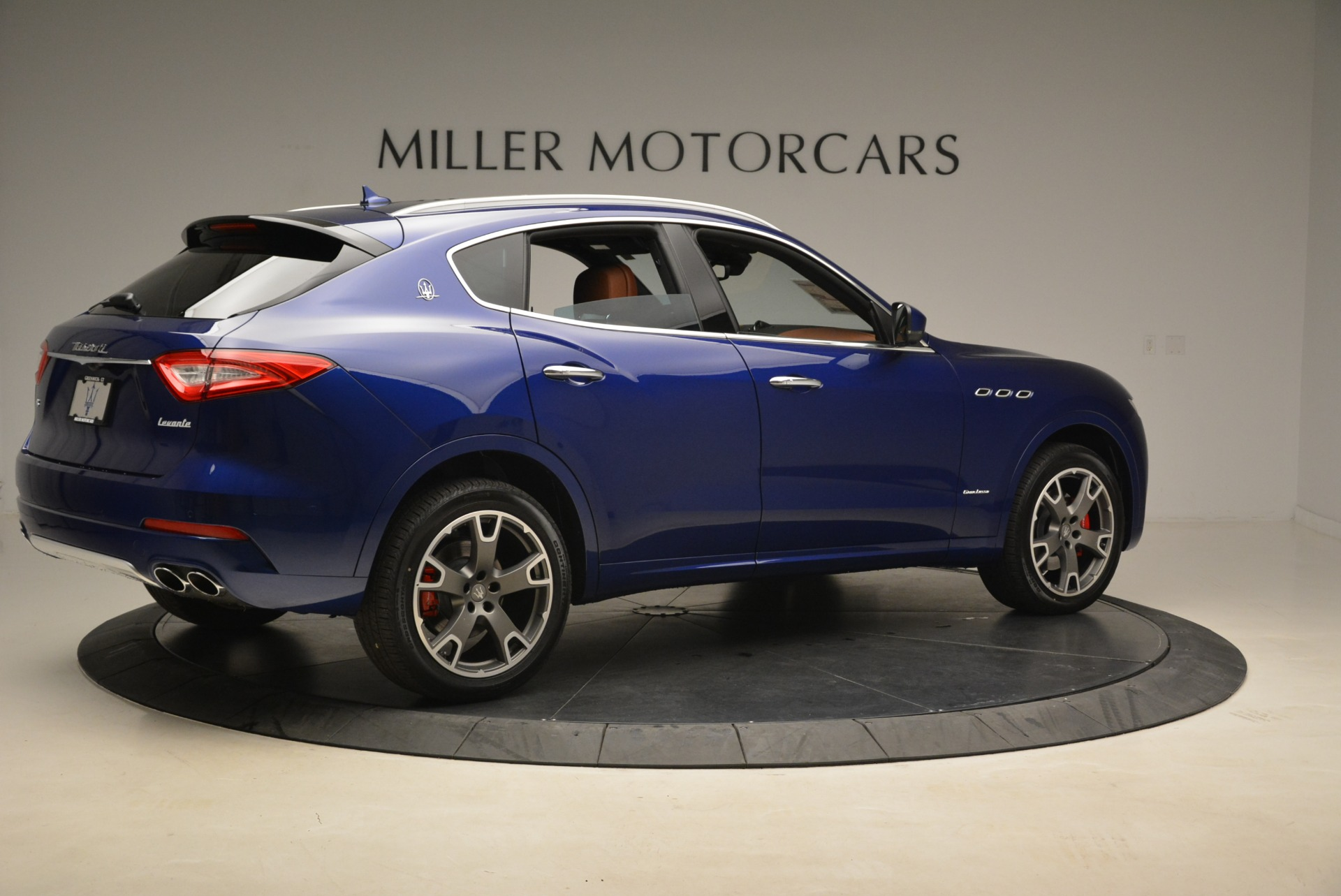 New 2018 Maserati Levante Q4 GranLusso For Sale In Westport, CT 2117_p7