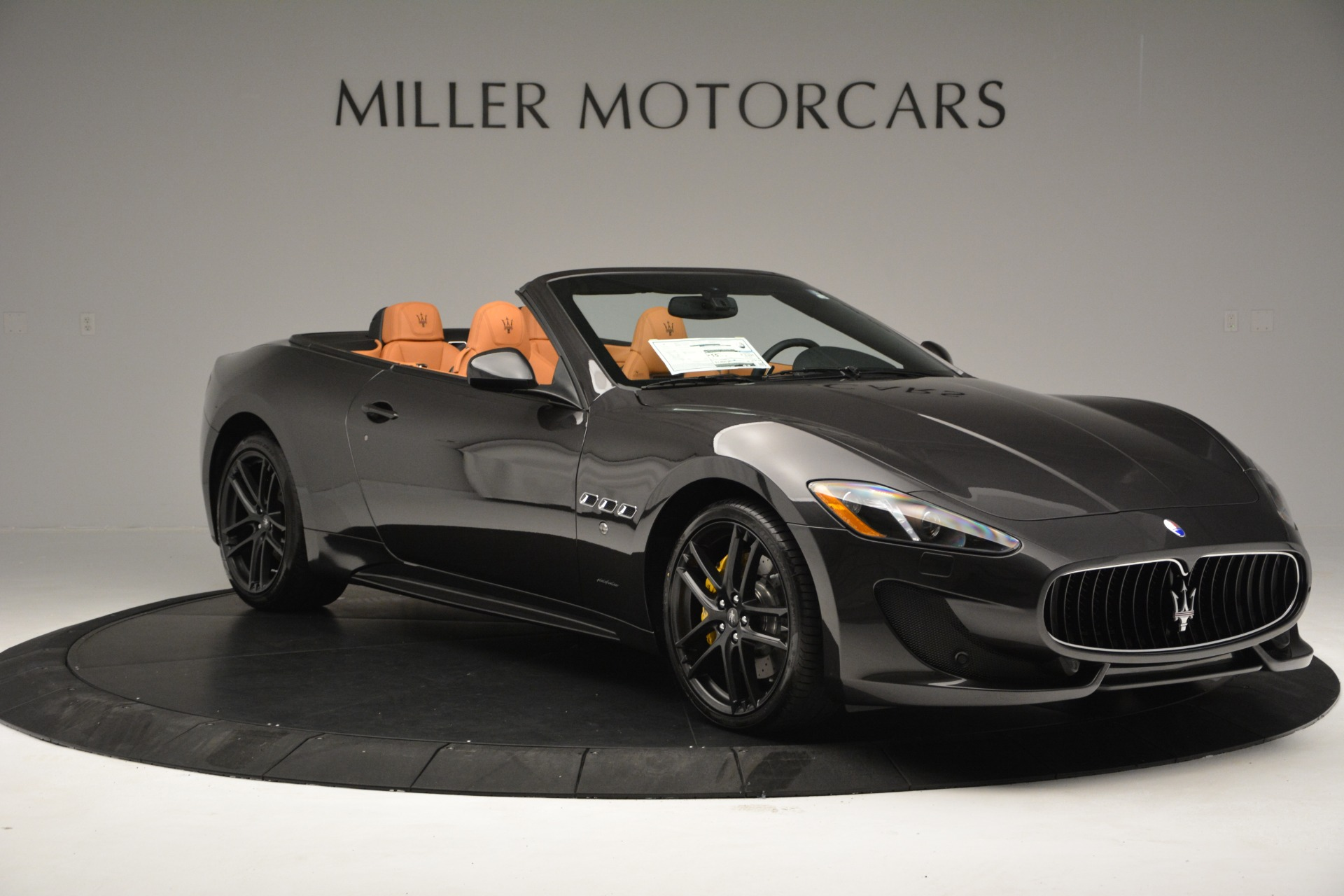 Used 2015 Maserati GranTurismo Sport Convertible For Sale In Westport, CT 2129_p12