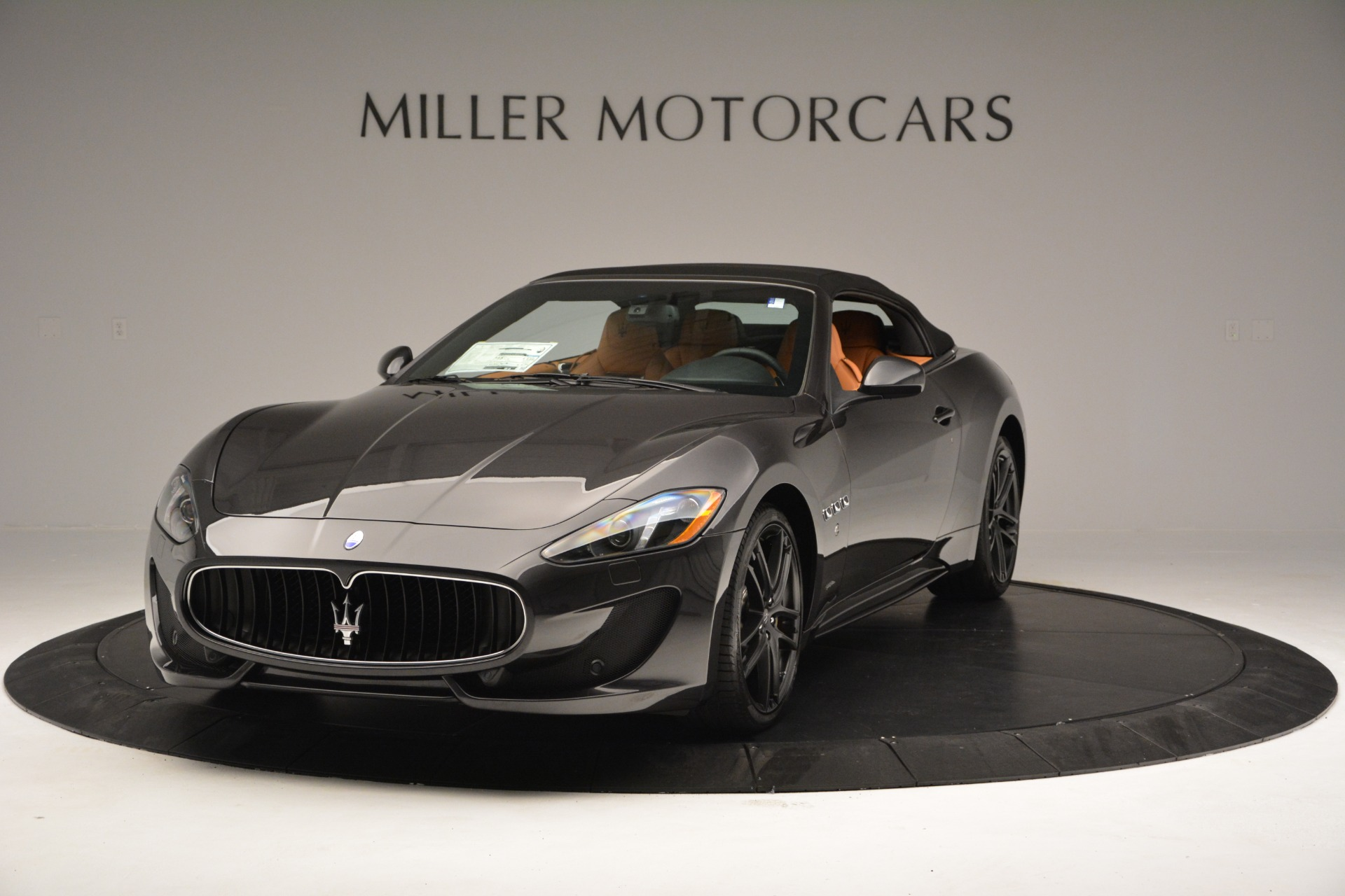 Used 2015 Maserati GranTurismo Sport Convertible For Sale In Westport, CT 2129_p14