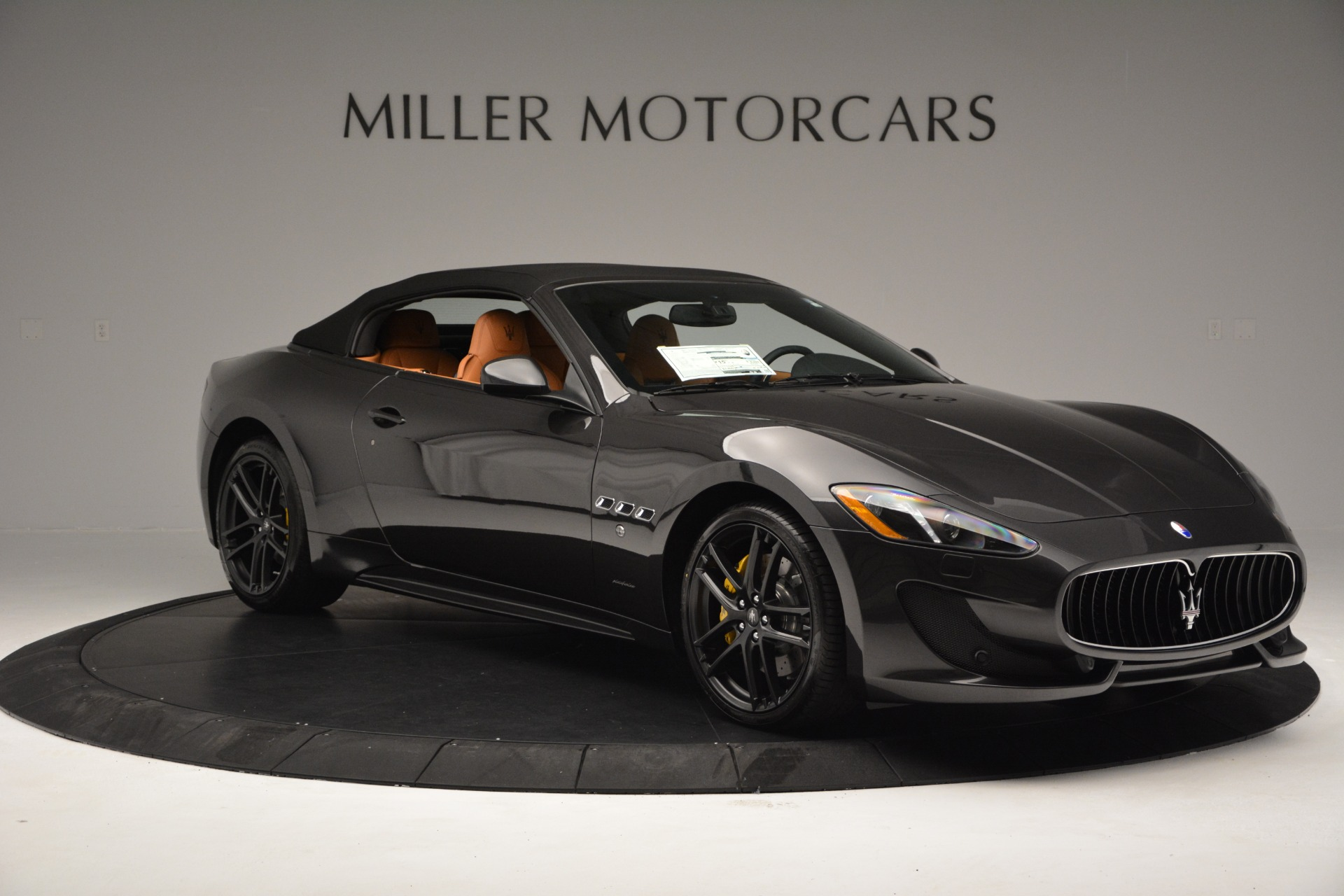 Used 2015 Maserati GranTurismo Sport Convertible For Sale In Westport, CT 2129_p18