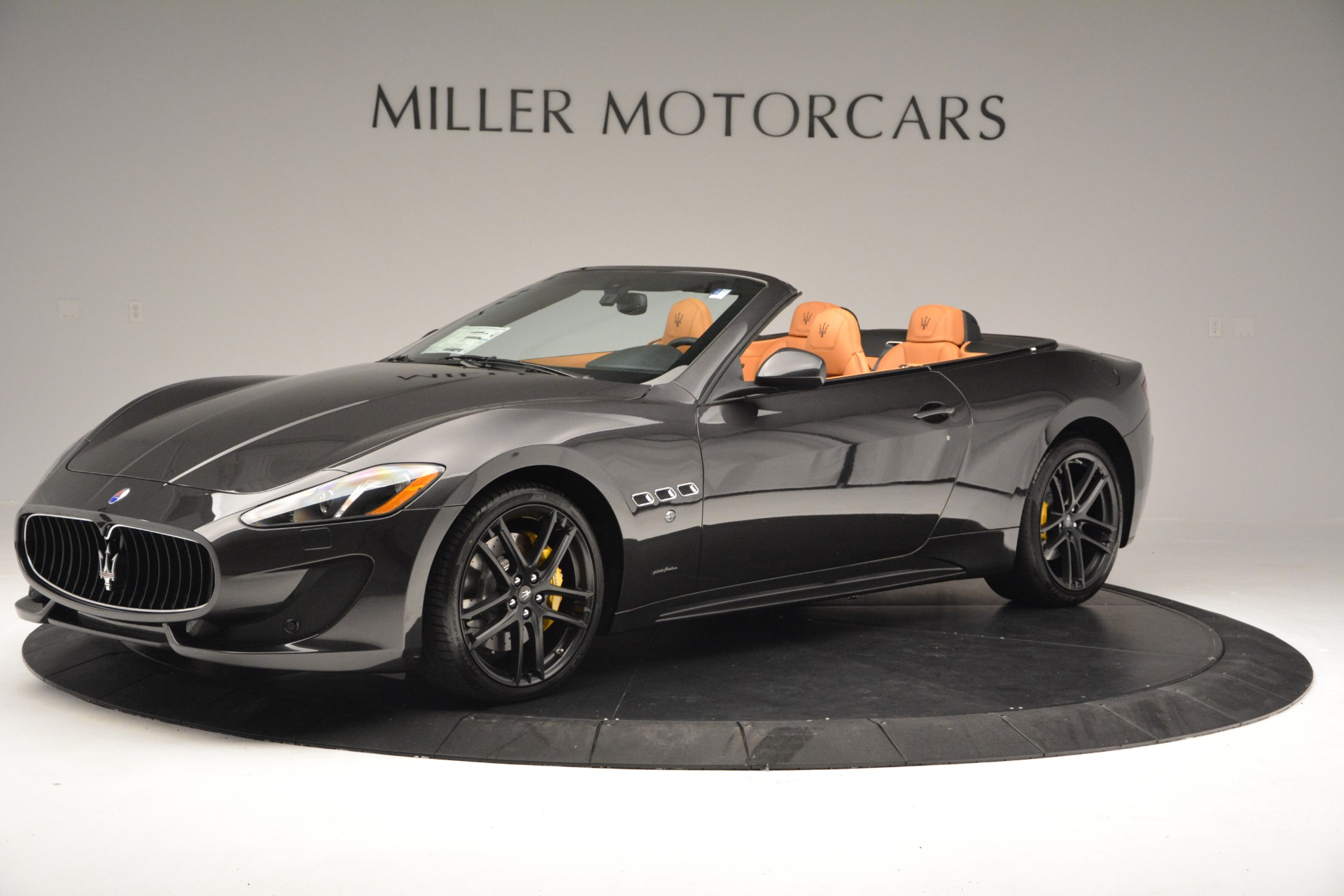 Used 2015 Maserati GranTurismo Sport Convertible For Sale In Westport, CT 2129_p2