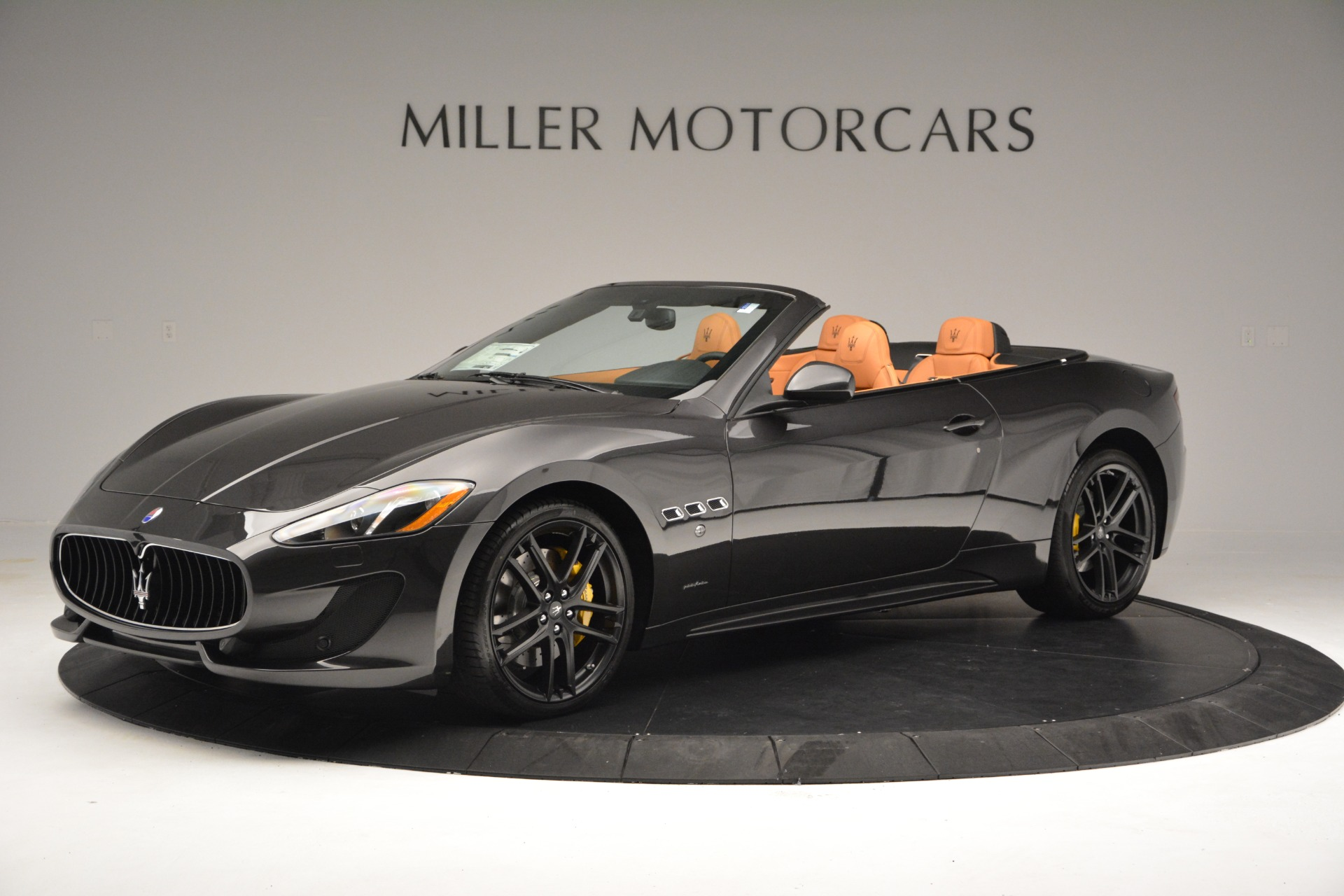 Used 2015 Maserati GranTurismo Sport Convertible For Sale In Westport, CT 2129_p3