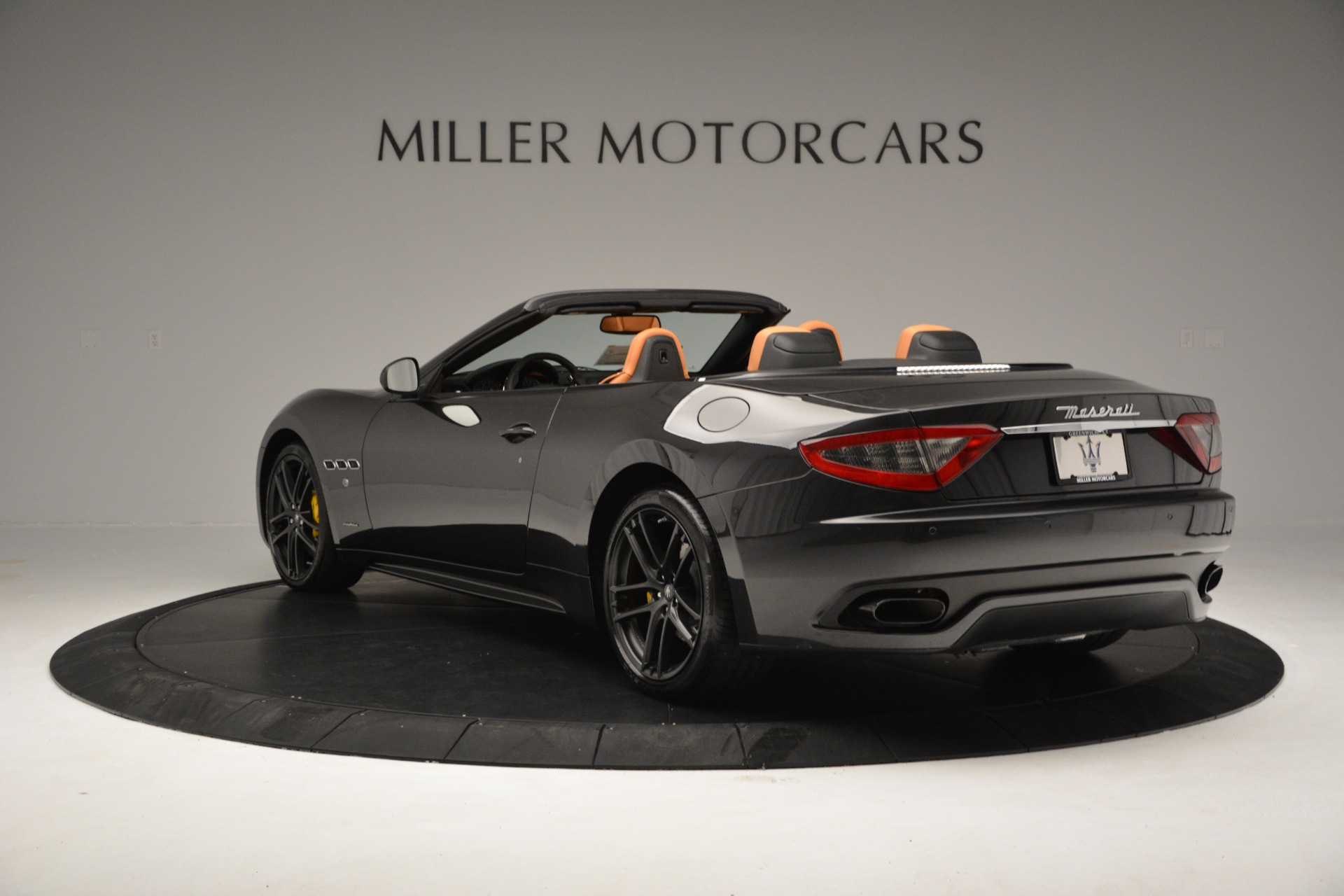 Used 2015 Maserati GranTurismo Sport Convertible For Sale In Westport, CT 2129_p6