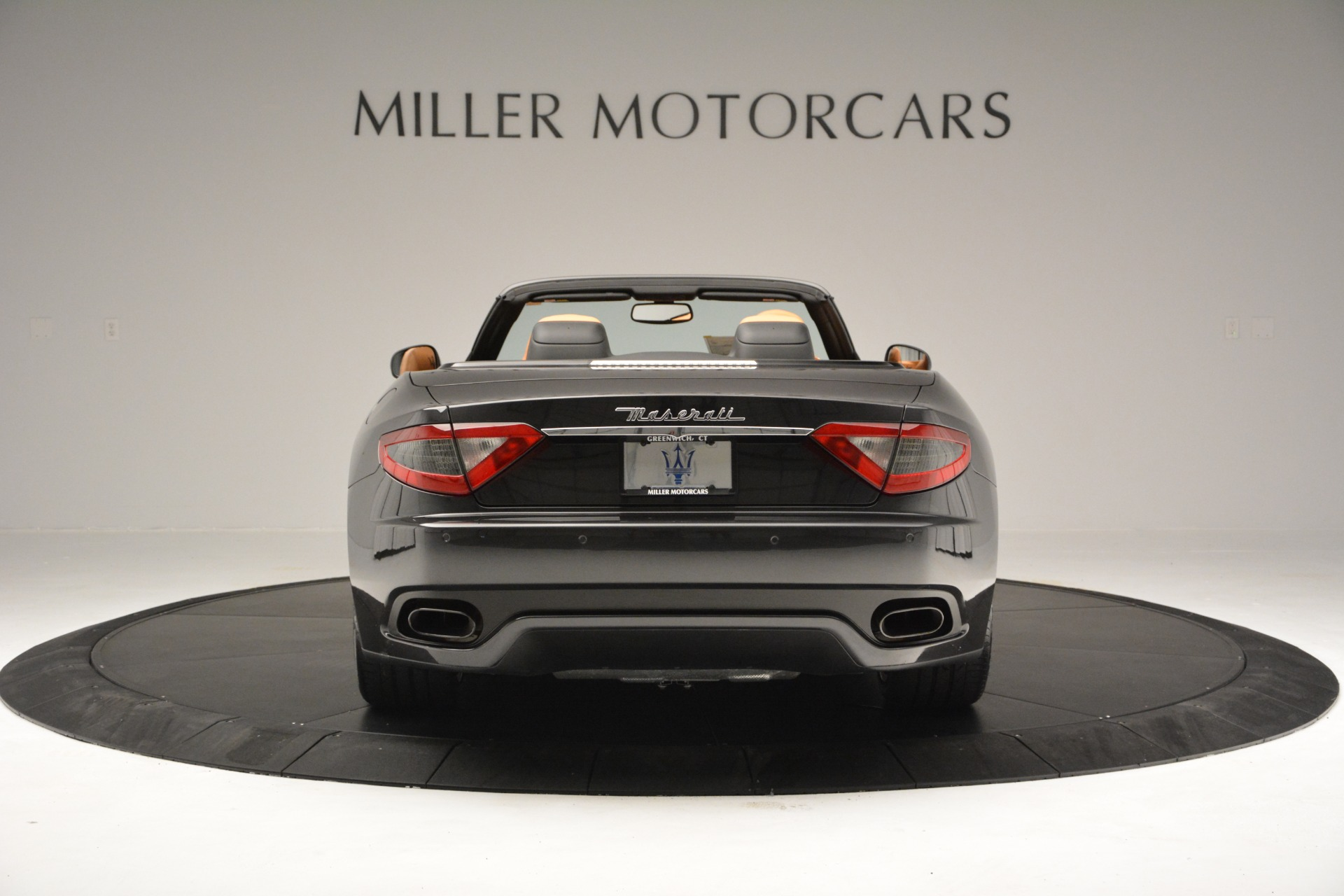 Used 2015 Maserati GranTurismo Sport Convertible For Sale In Westport, CT 2129_p7