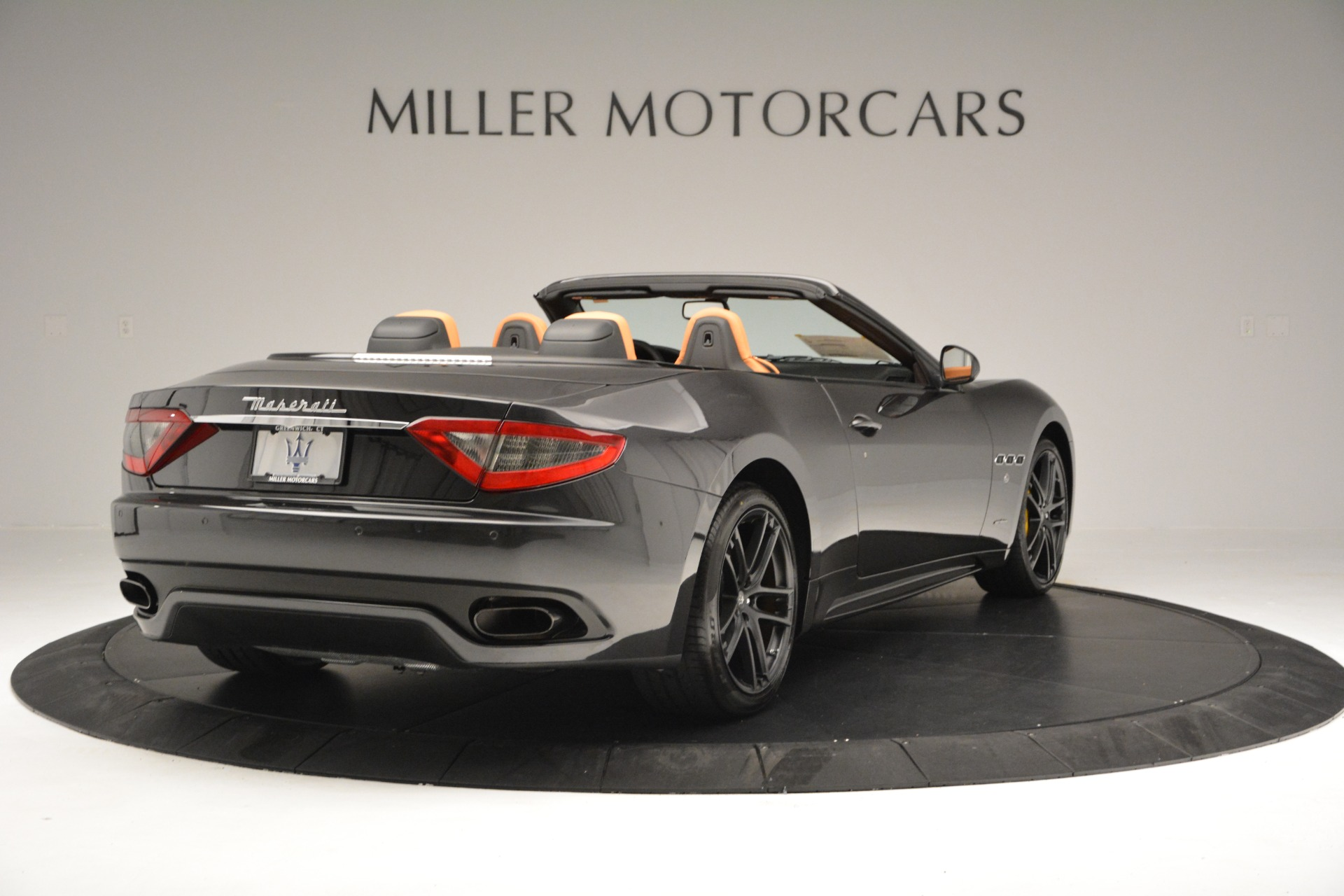 Used 2015 Maserati GranTurismo Sport Convertible For Sale In Westport, CT 2129_p8