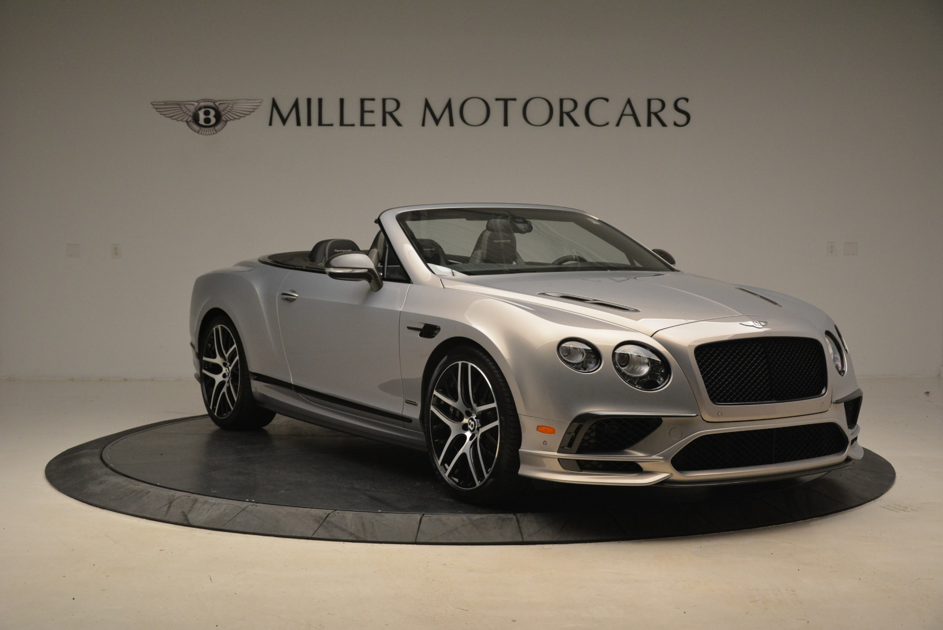 Used 2018 Bentley Continental GT Supersports Convertible For Sale In Westport, CT 2134_p11