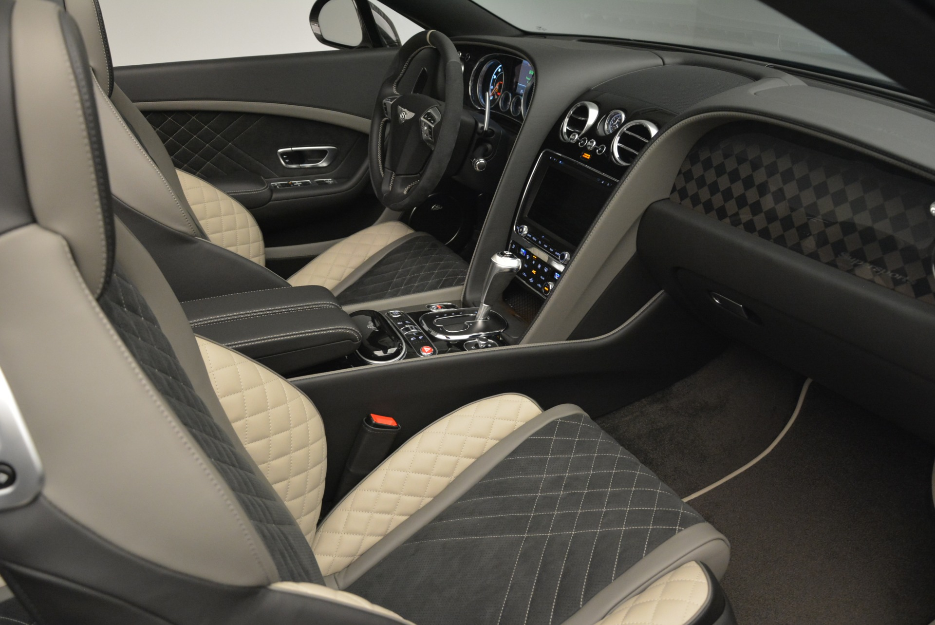 Used 2018 Bentley Continental GT Supersports Convertible For Sale In Westport, CT 2134_p27
