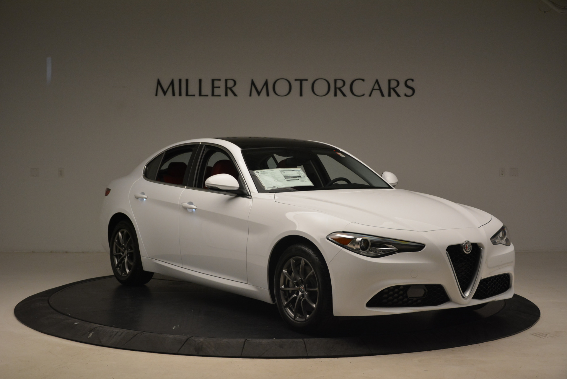 New 2018 Alfa Romeo Giulia Q4 For Sale In Westport, CT 2142_p11