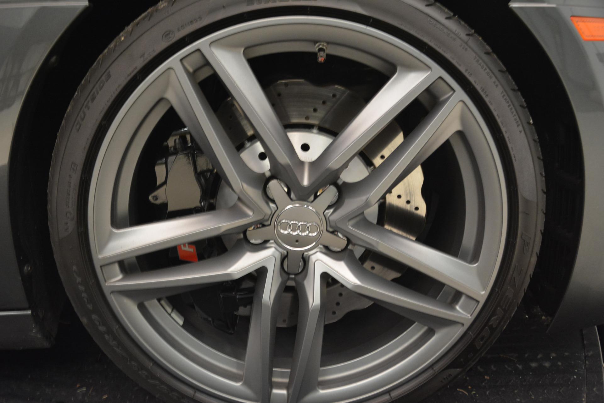 Used 2014 Audi R8 5.2 quattro For Sale In Westport, CT 2147_p26