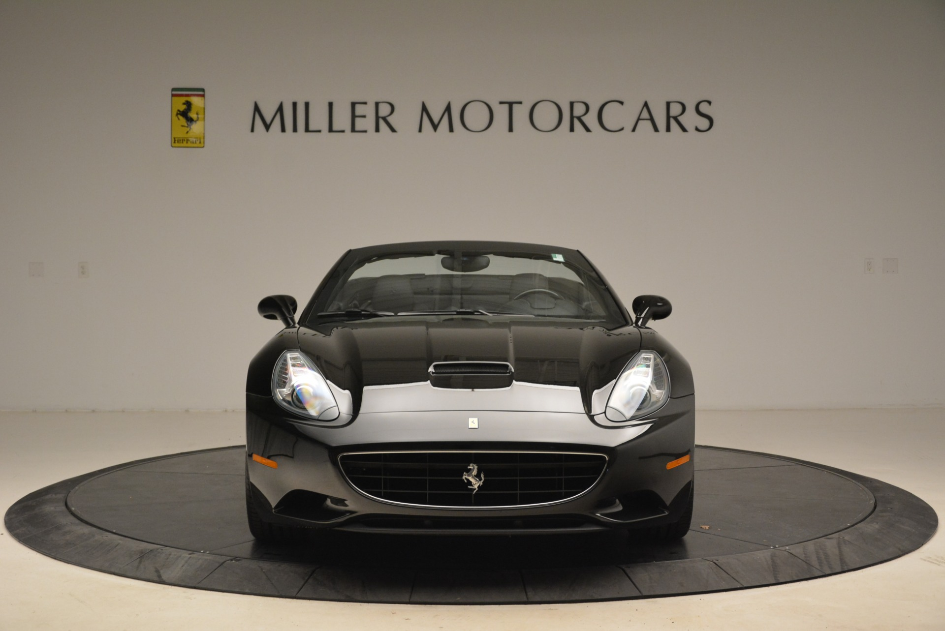 Used 2009 Ferrari California  For Sale In Westport, CT 2149_p12
