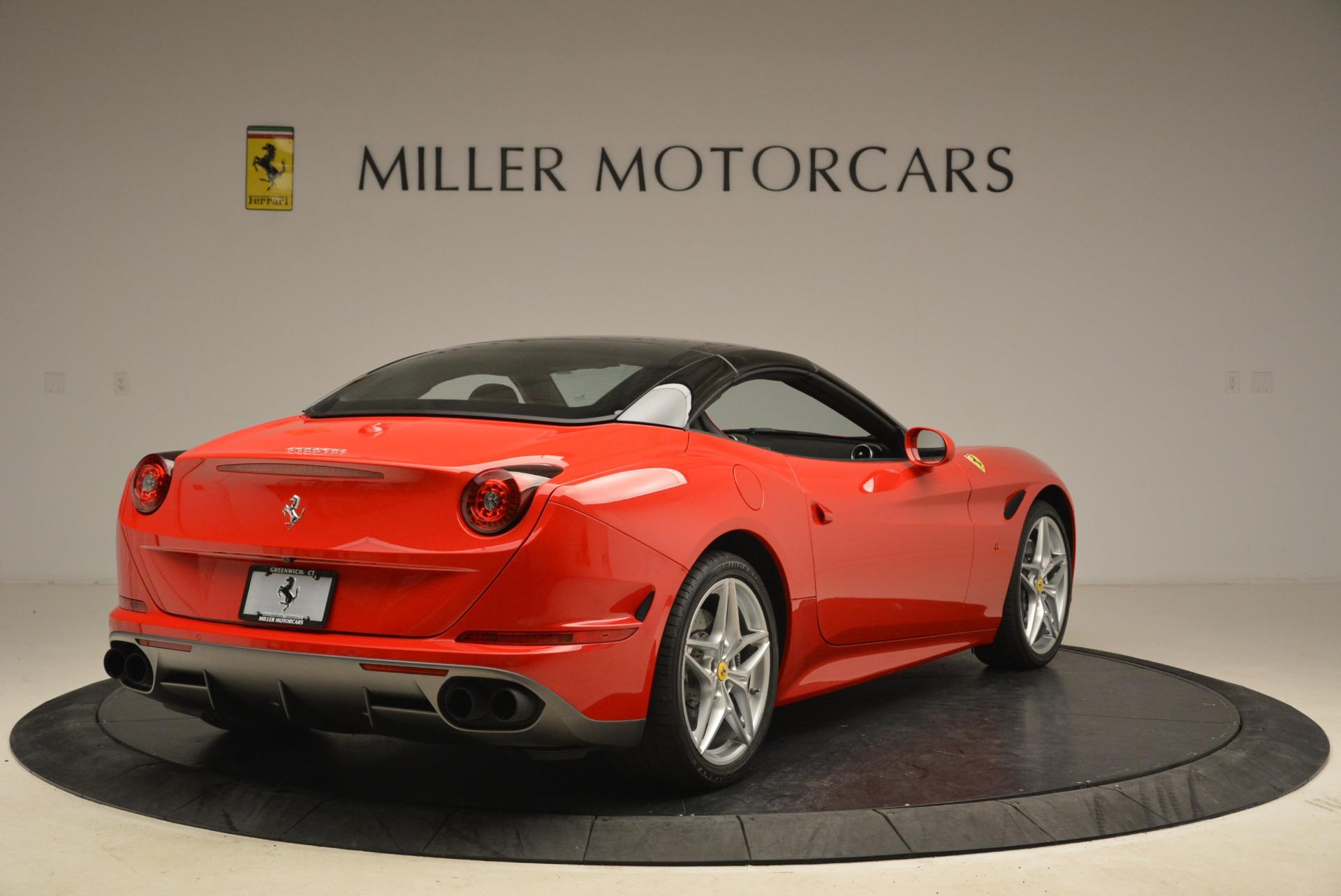 Used 2016 Ferrari California T Handling Speciale For Sale In Westport, CT 2153_p19