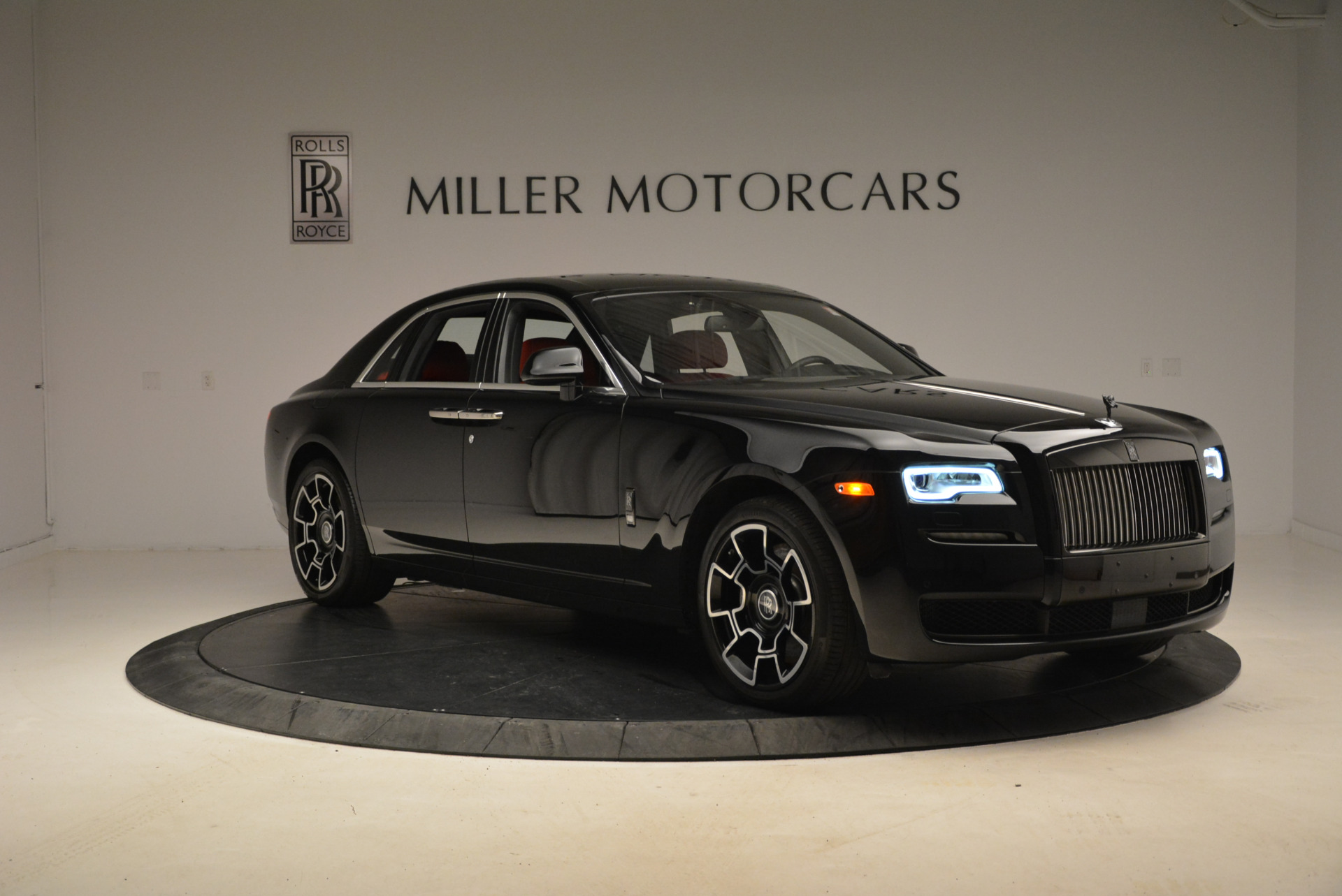 Used 2017 Rolls-Royce Ghost Black Badge For Sale In Westport, CT 2154_p11