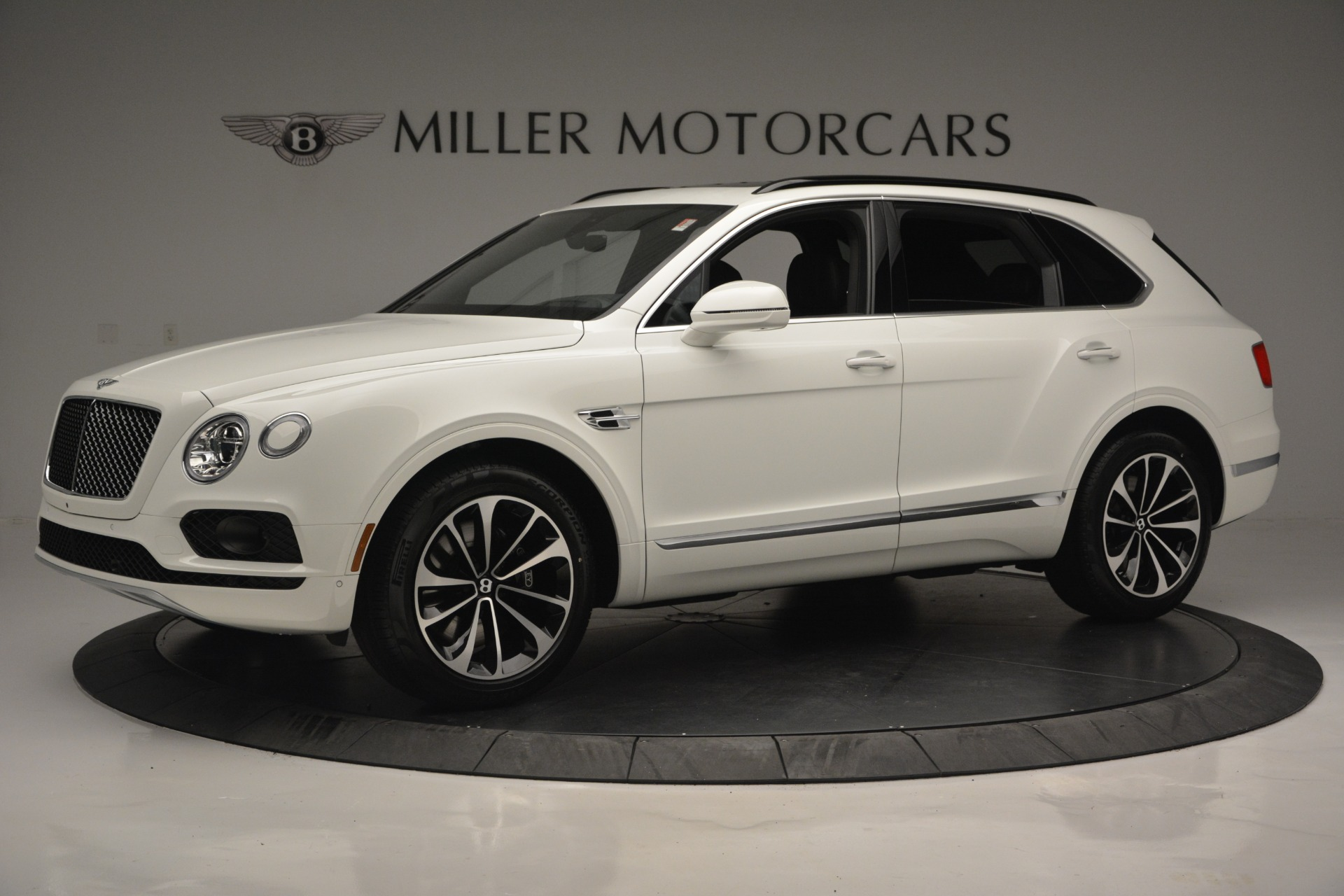 Used 2019 Bentley Bentayga V8 For Sale In Westport, CT 2162_main