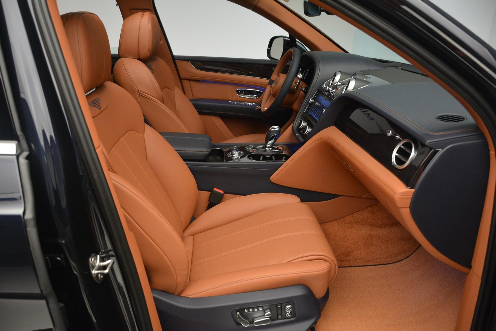 New 2019 Bentley Bentayga V8 For Sale In Westport, CT 2163_p24