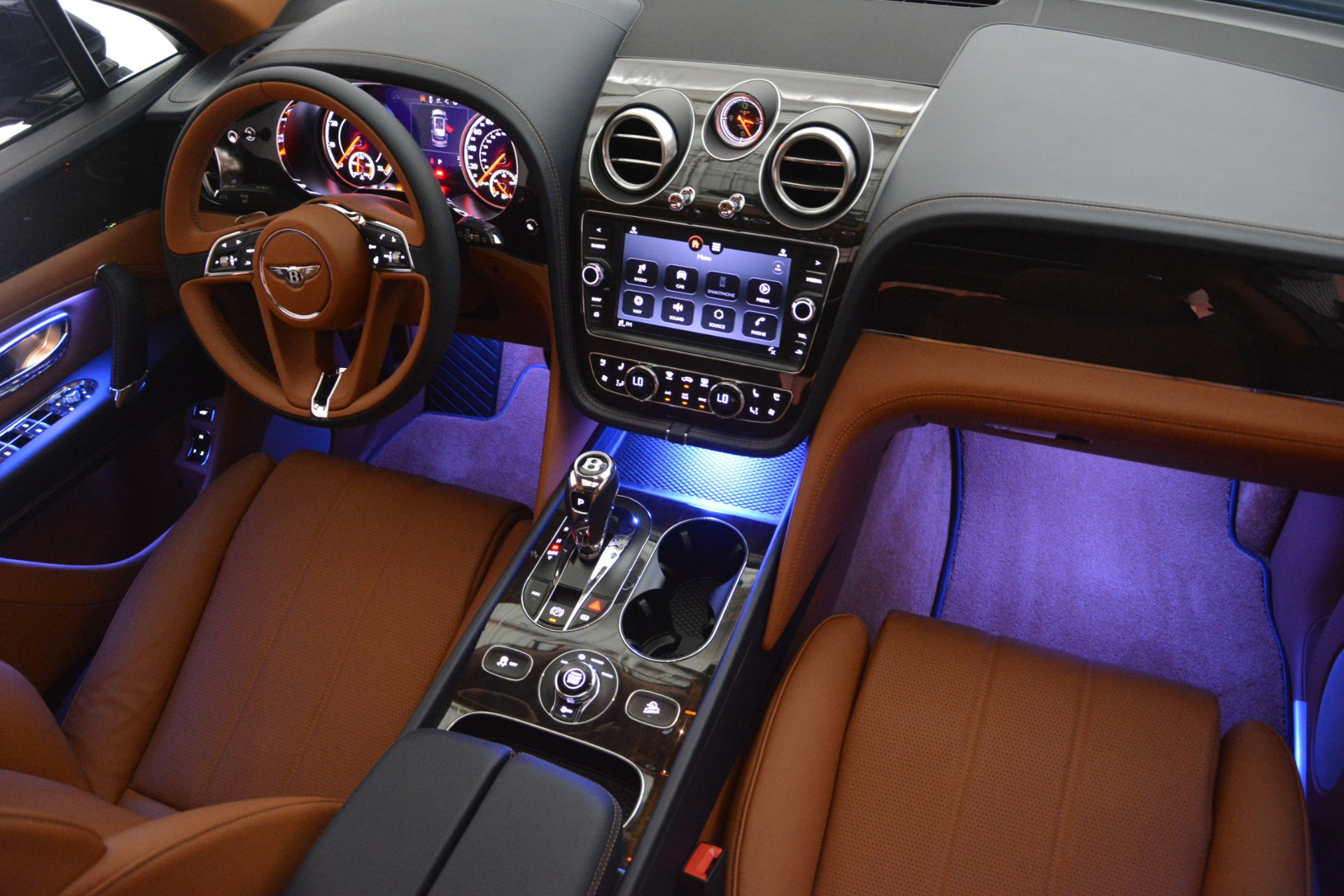 New 2019 Bentley Bentayga V8 For Sale In Westport, CT 2163_p30