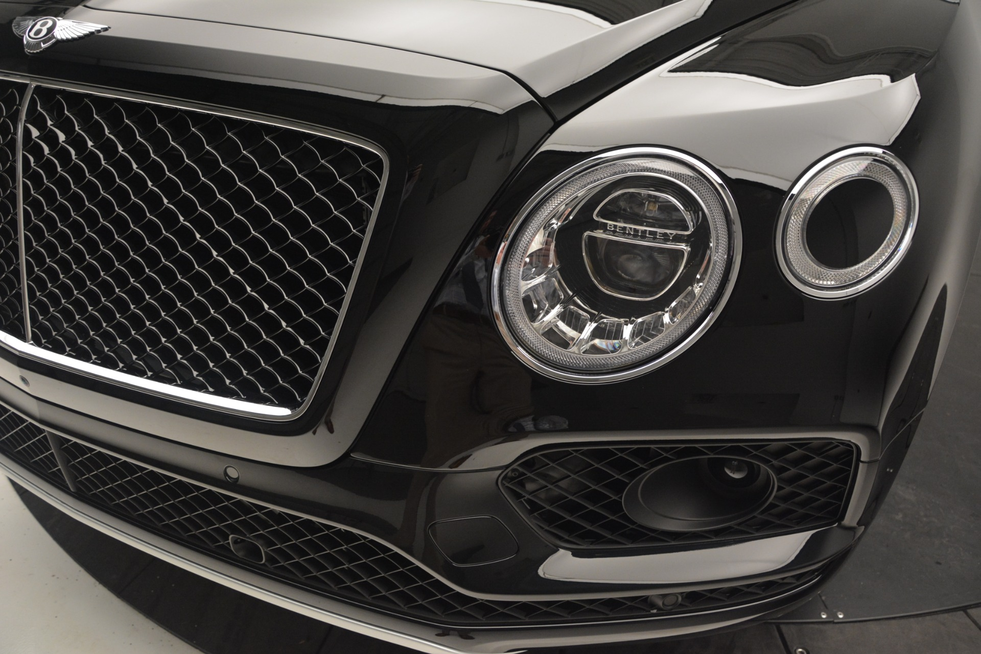 New 2019 Bentley Bentayga V8 For Sale In Westport, CT 2164_p14