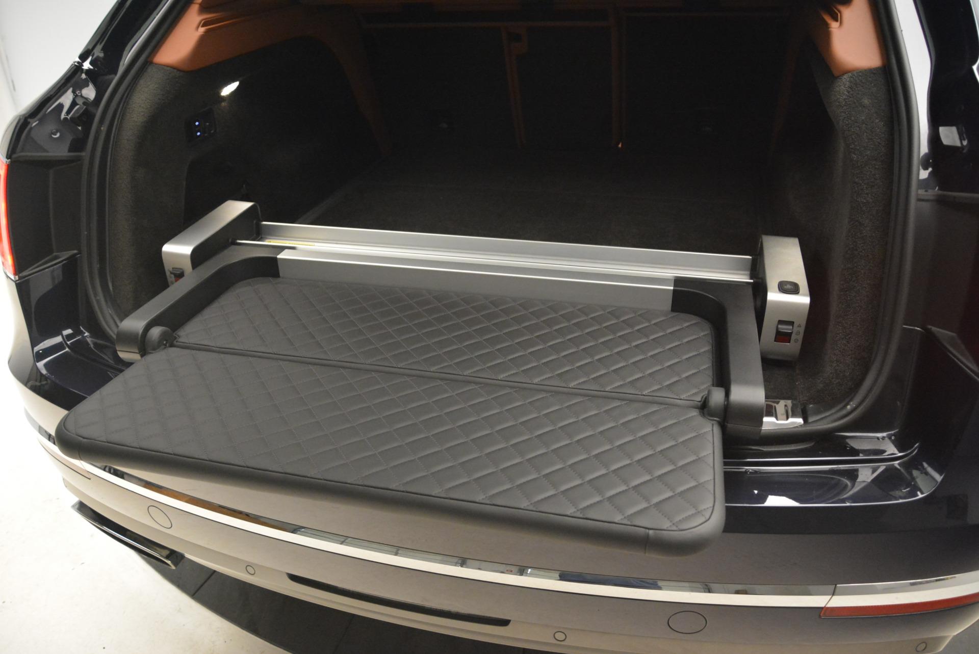 Used 2018 Bentley Bentayga W12 Signature For Sale In Westport, CT 2165_p21