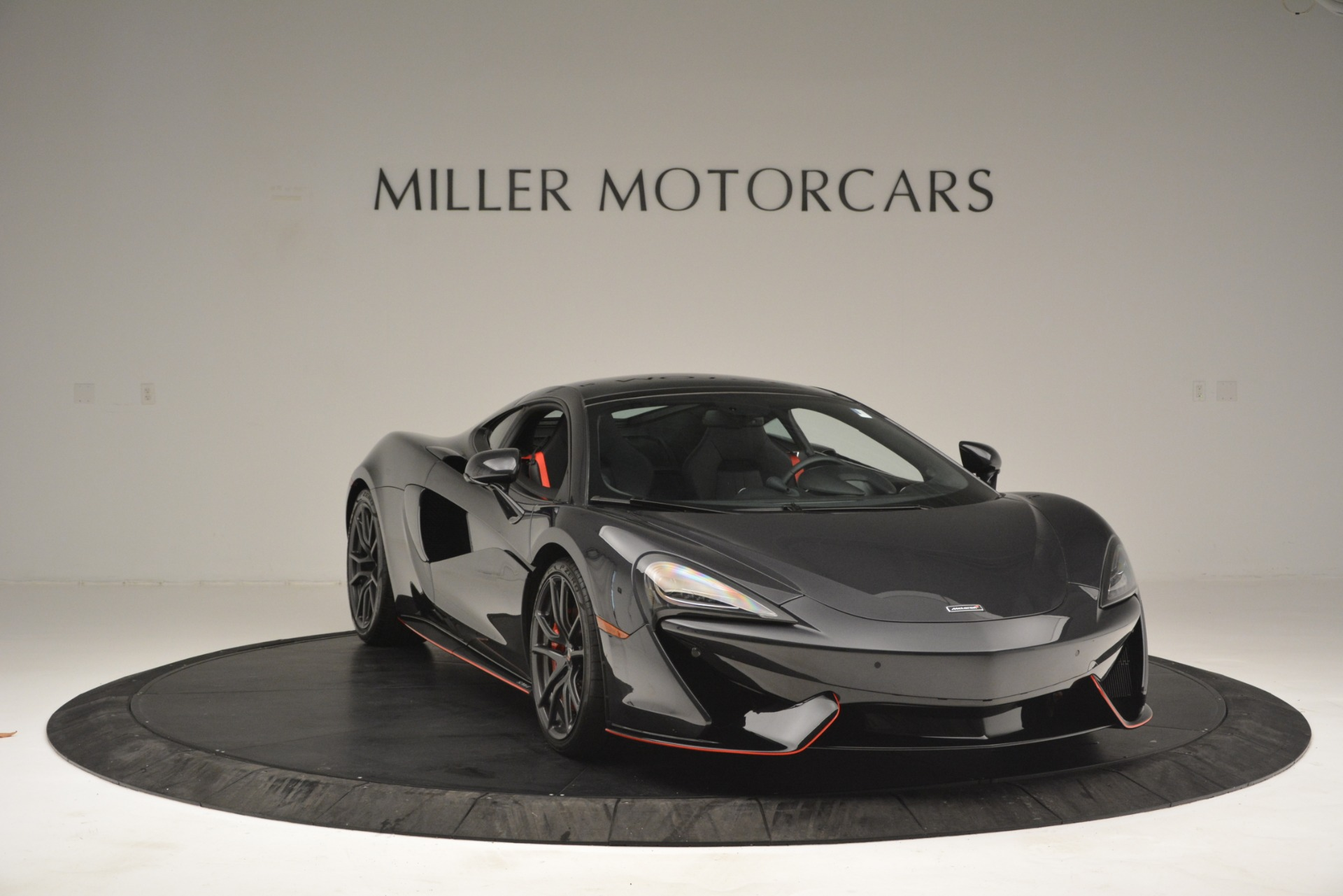 Used 2018 McLaren 570GT  For Sale In Westport, CT 2166_p11
