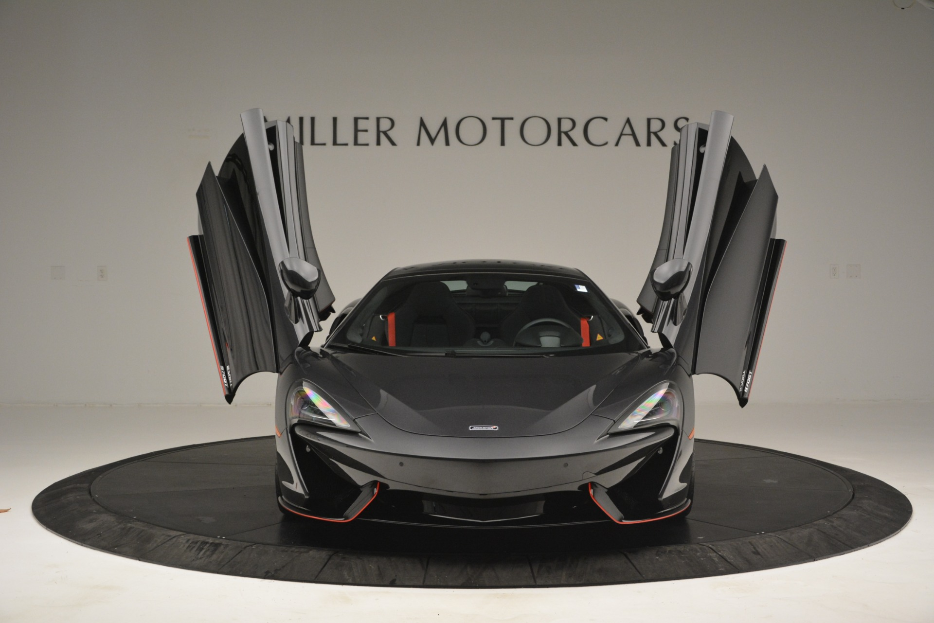 Used 2018 McLaren 570GT  For Sale In Westport, CT 2166_p13