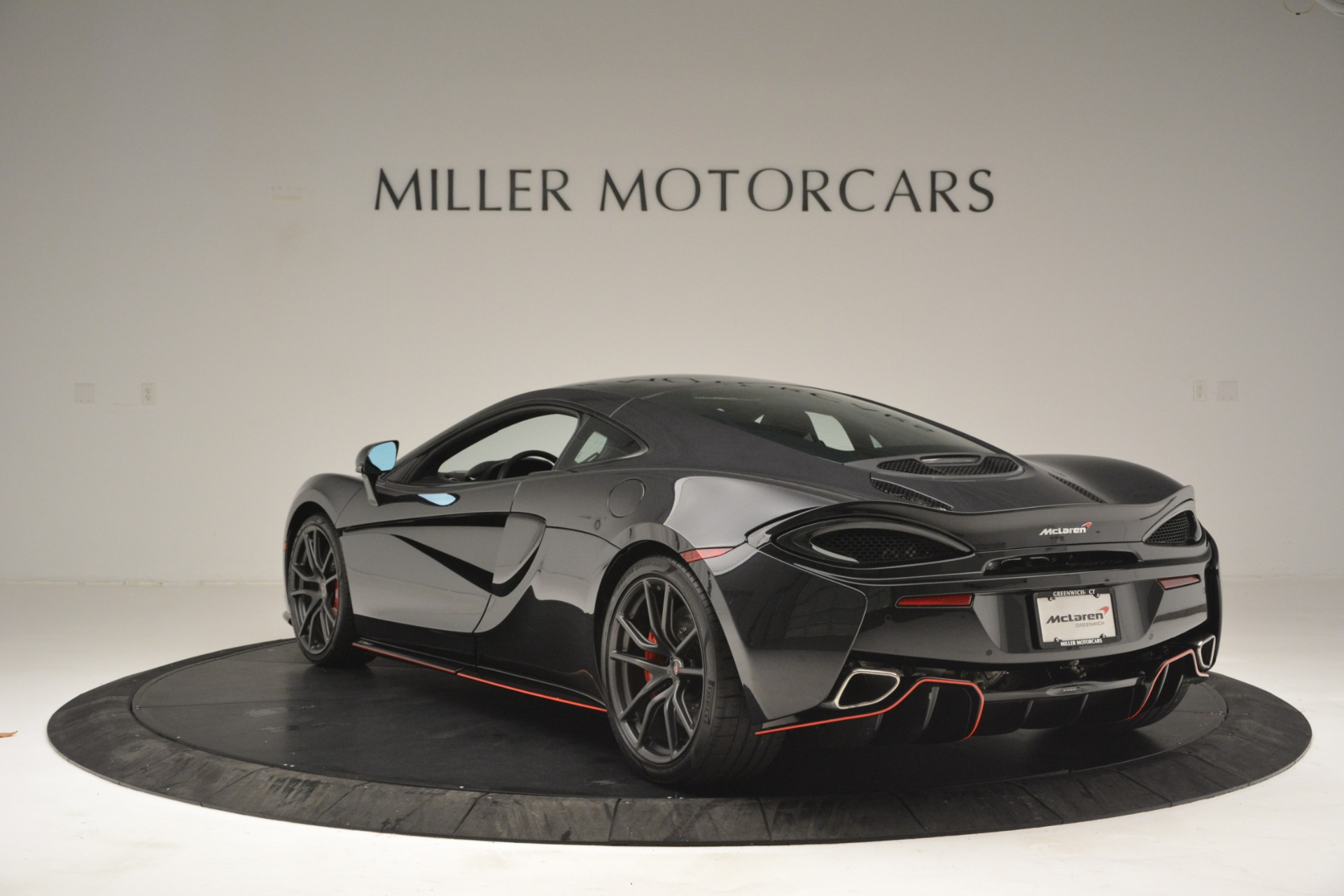 Used 2018 McLaren 570GT  For Sale In Westport, CT 2166_p5