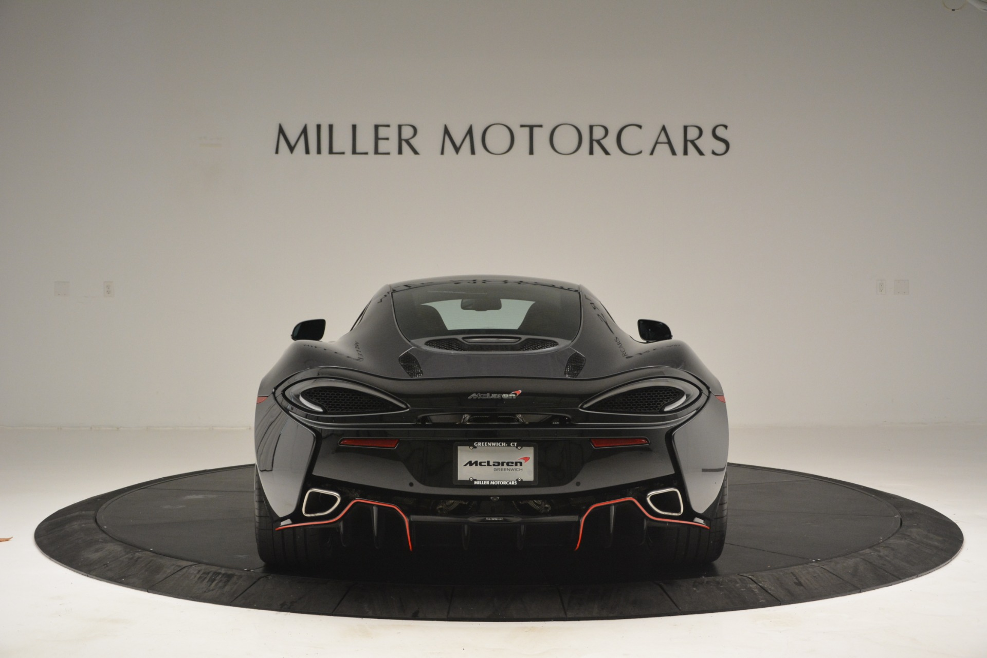 Used 2018 McLaren 570GT  For Sale In Westport, CT 2166_p6