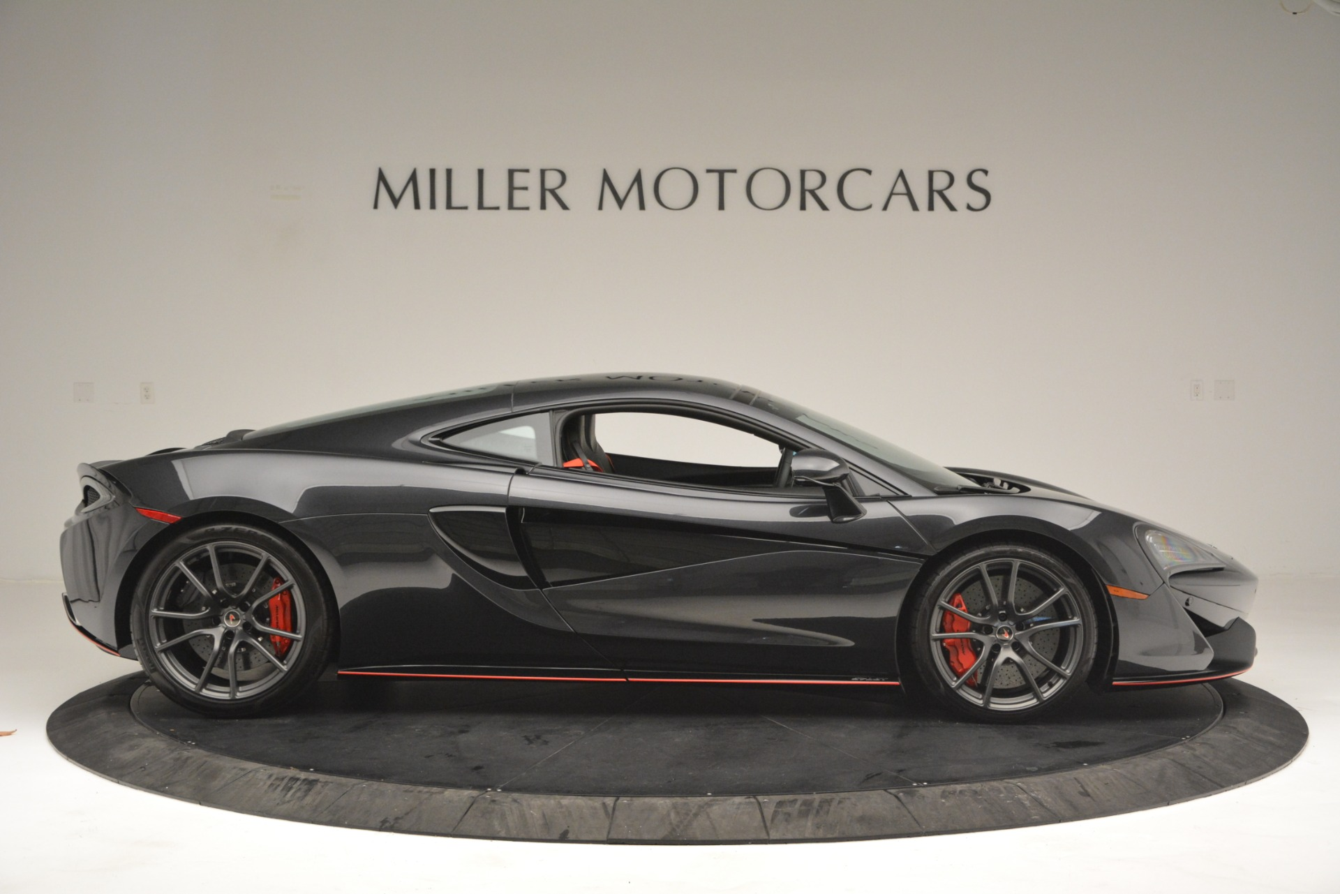 Used 2018 McLaren 570GT  For Sale In Westport, CT 2166_p9