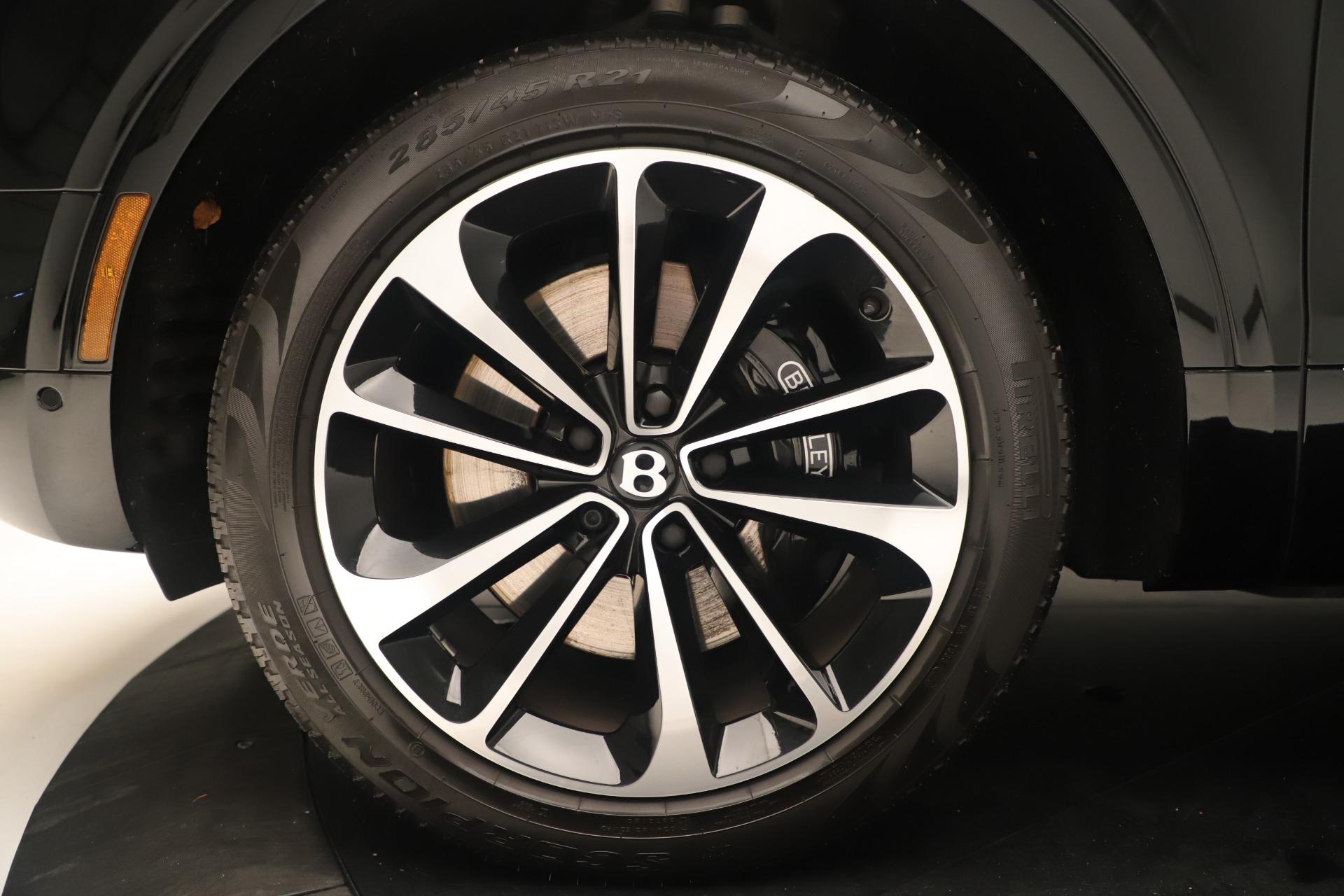 Used 2018 Bentley Bentayga W12 Signature For Sale In Westport, CT 2167_p15
