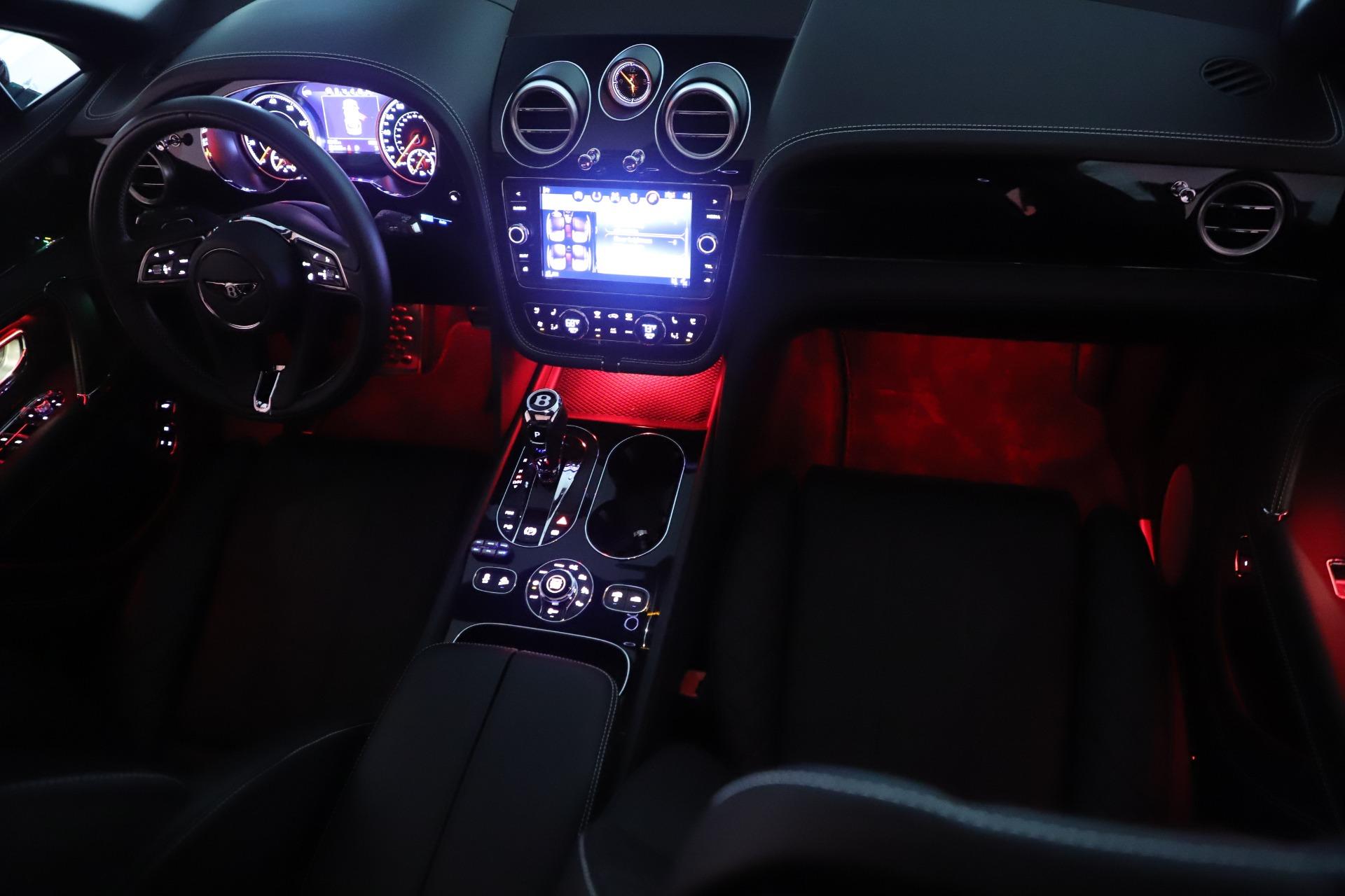 Used 2018 Bentley Bentayga W12 Signature For Sale In Westport, CT 2167_p30