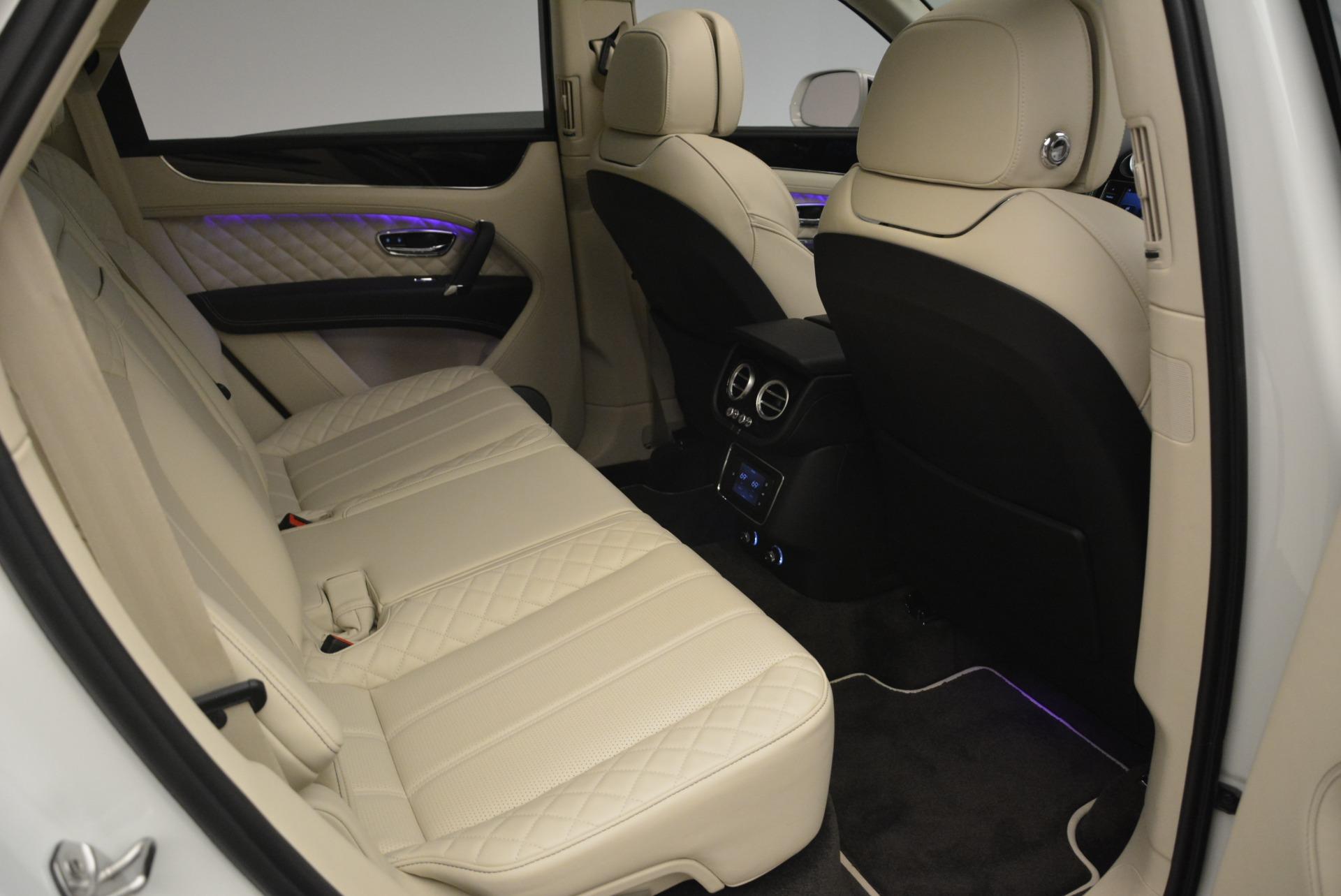 Used 2018 Bentley Bentayga Signature For Sale In Westport, CT 2168_p24