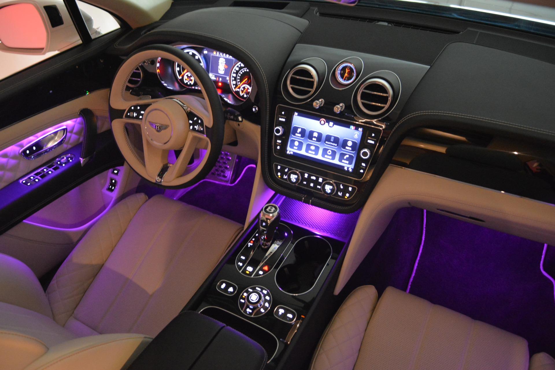 Used 2018 Bentley Bentayga Signature For Sale In Westport, CT 2168_p31