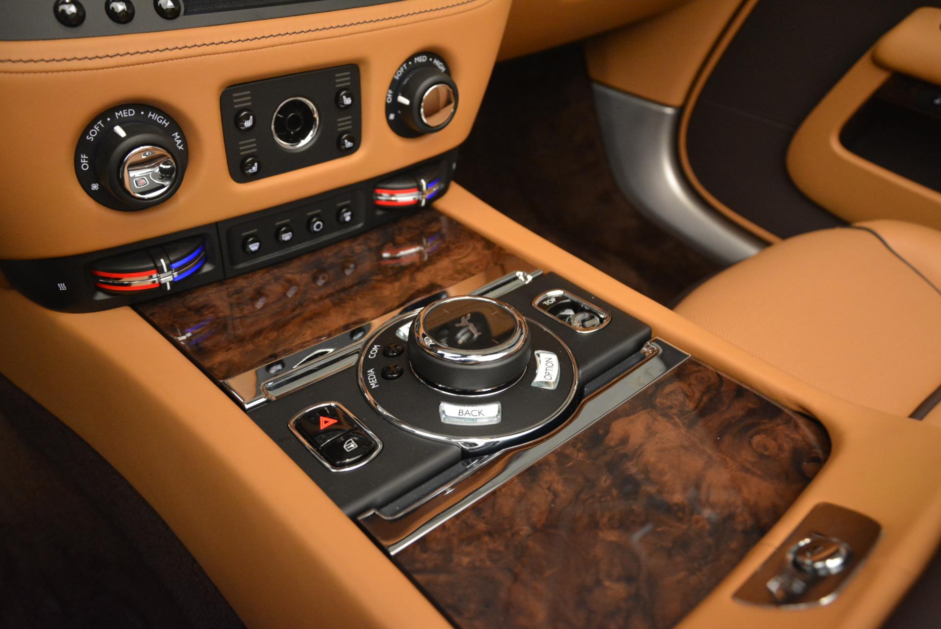 Used 2018 Rolls-Royce Dawn  For Sale In Westport, CT 2178_p24
