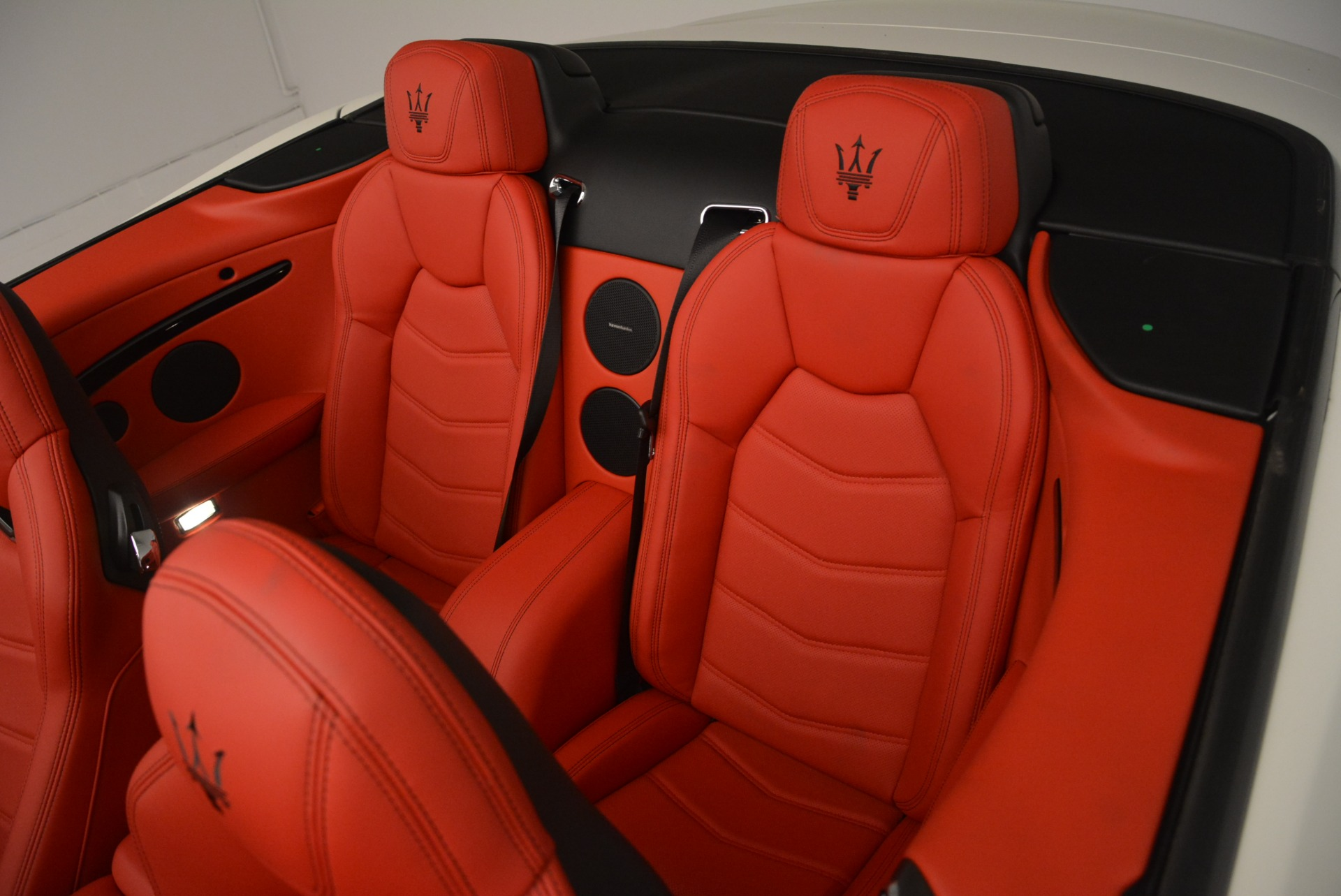 New 2018 Maserati GranTurismo Sport For Sale In Westport, CT 2187_p16