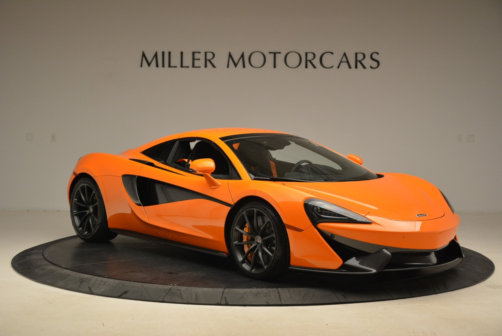 Used 2018 McLaren 570S Spider Convertible For Sale In Westport, CT 2188_p21