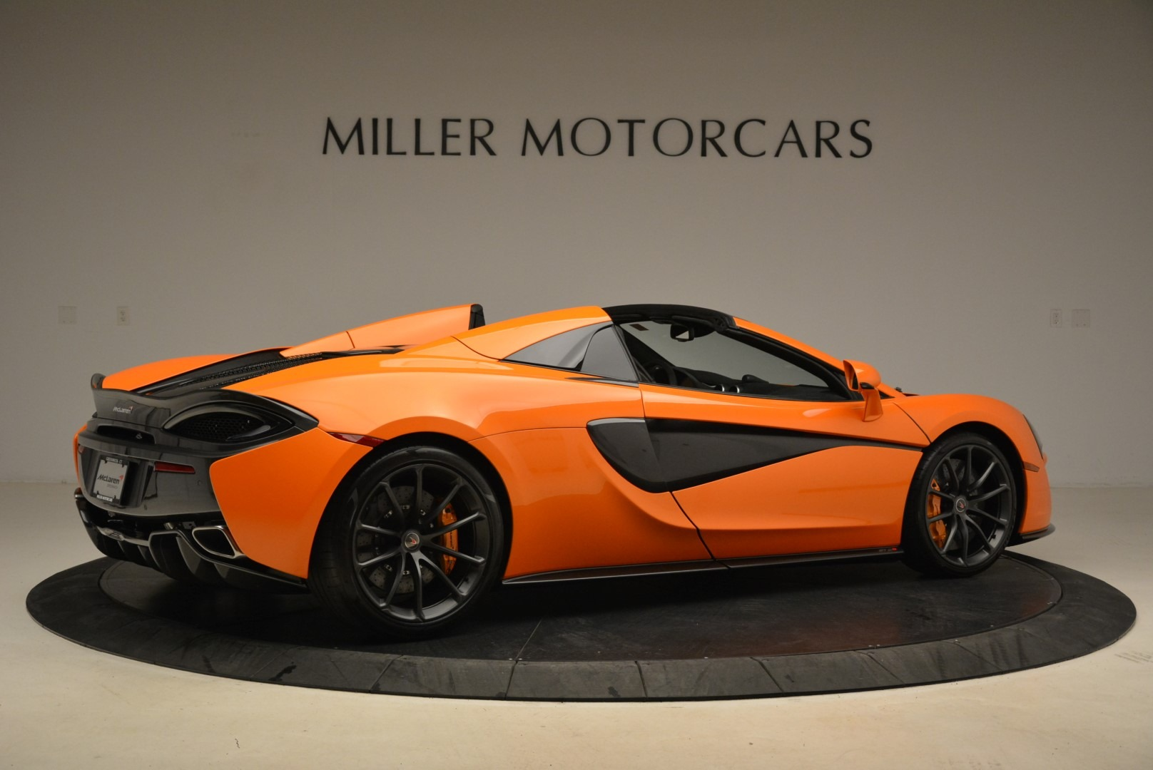 Used 2018 McLaren 570S Spider Convertible For Sale In Westport, CT 2188_p8